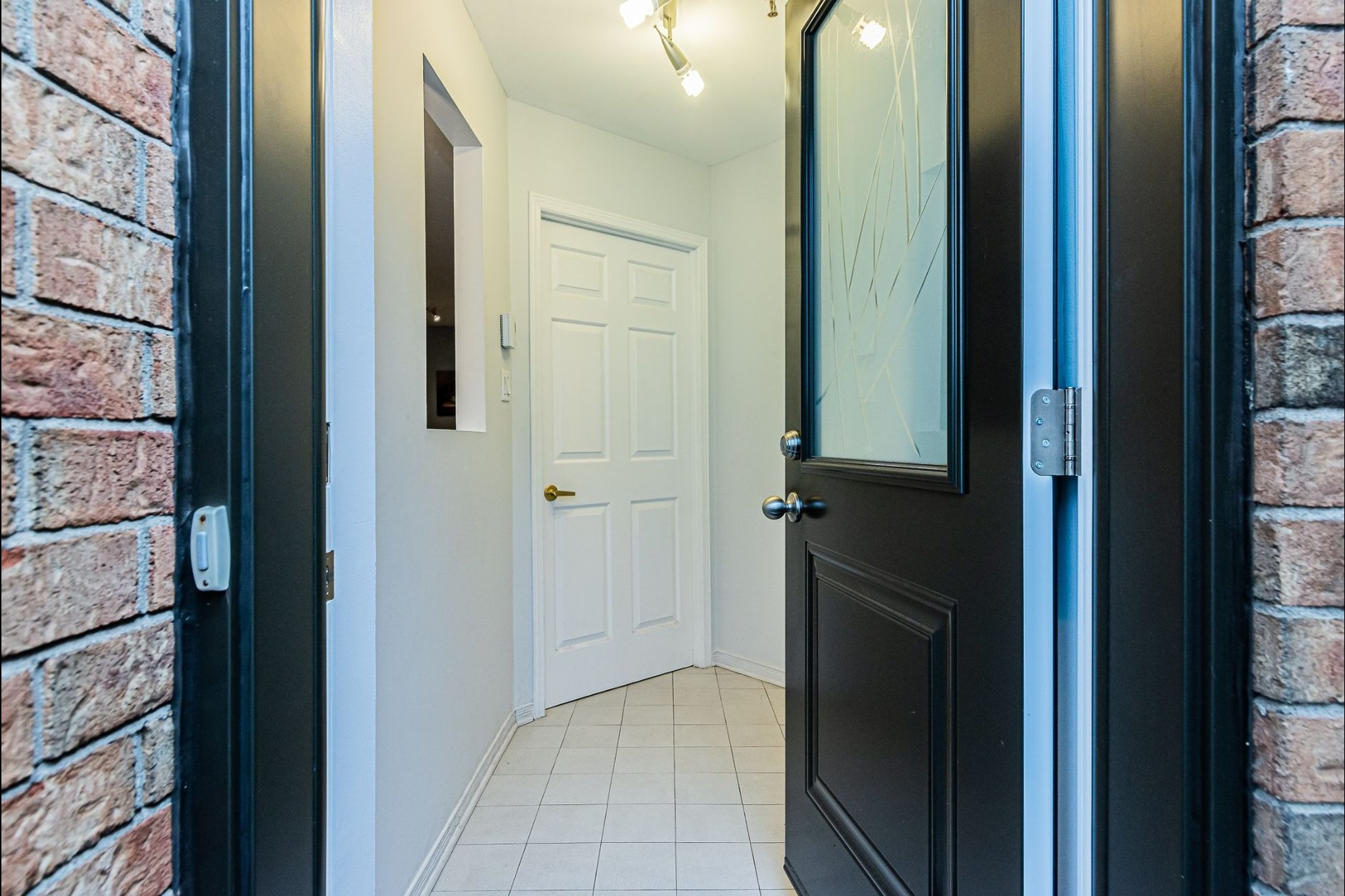 image 1 - Appartement À vendre Ville-Marie Montréal  - 6 pièces