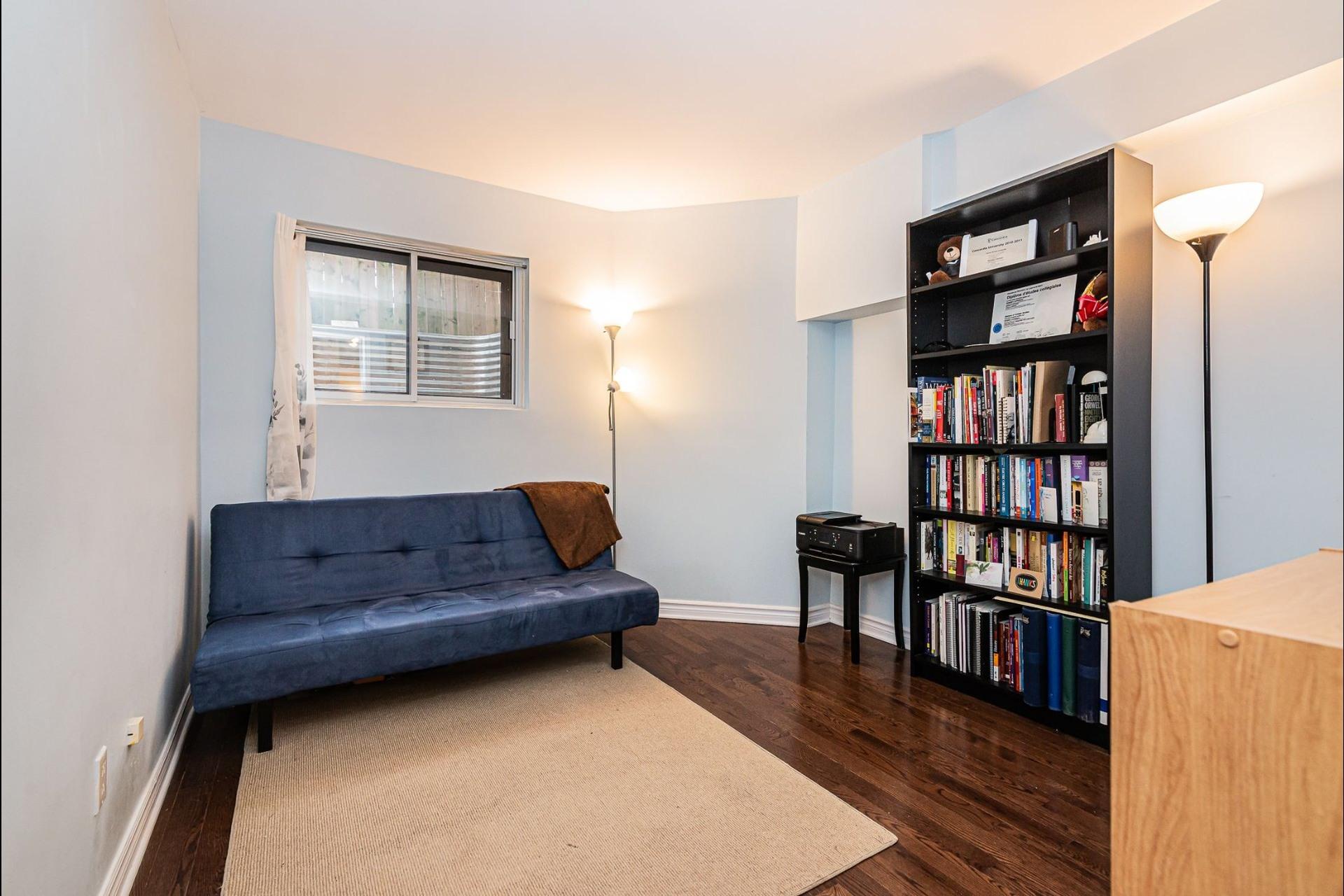 image 16 - Appartement À vendre Ville-Marie Montréal  - 6 pièces