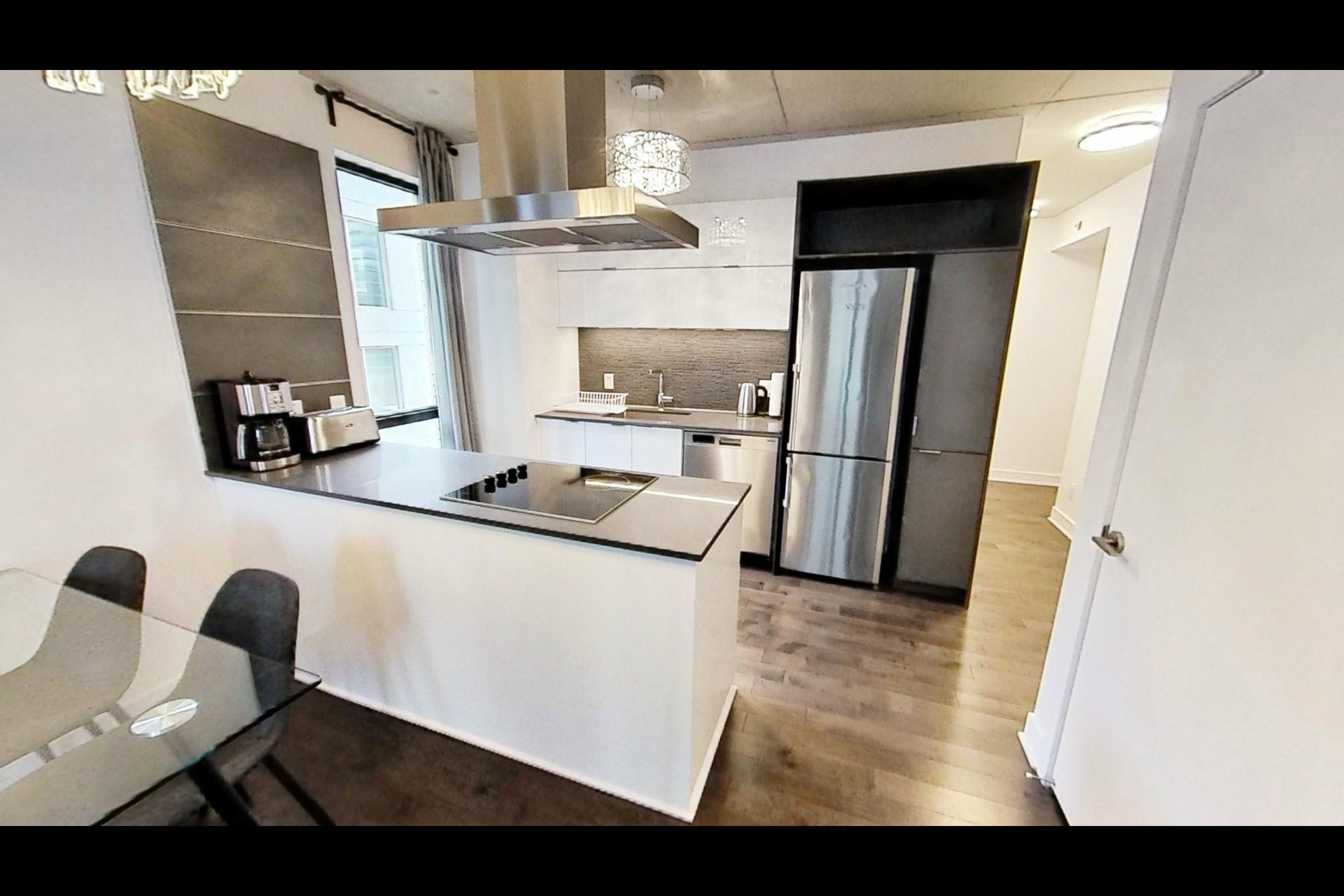 image 2 - Apartment For rent Le Sud-Ouest Montréal  - 4 rooms