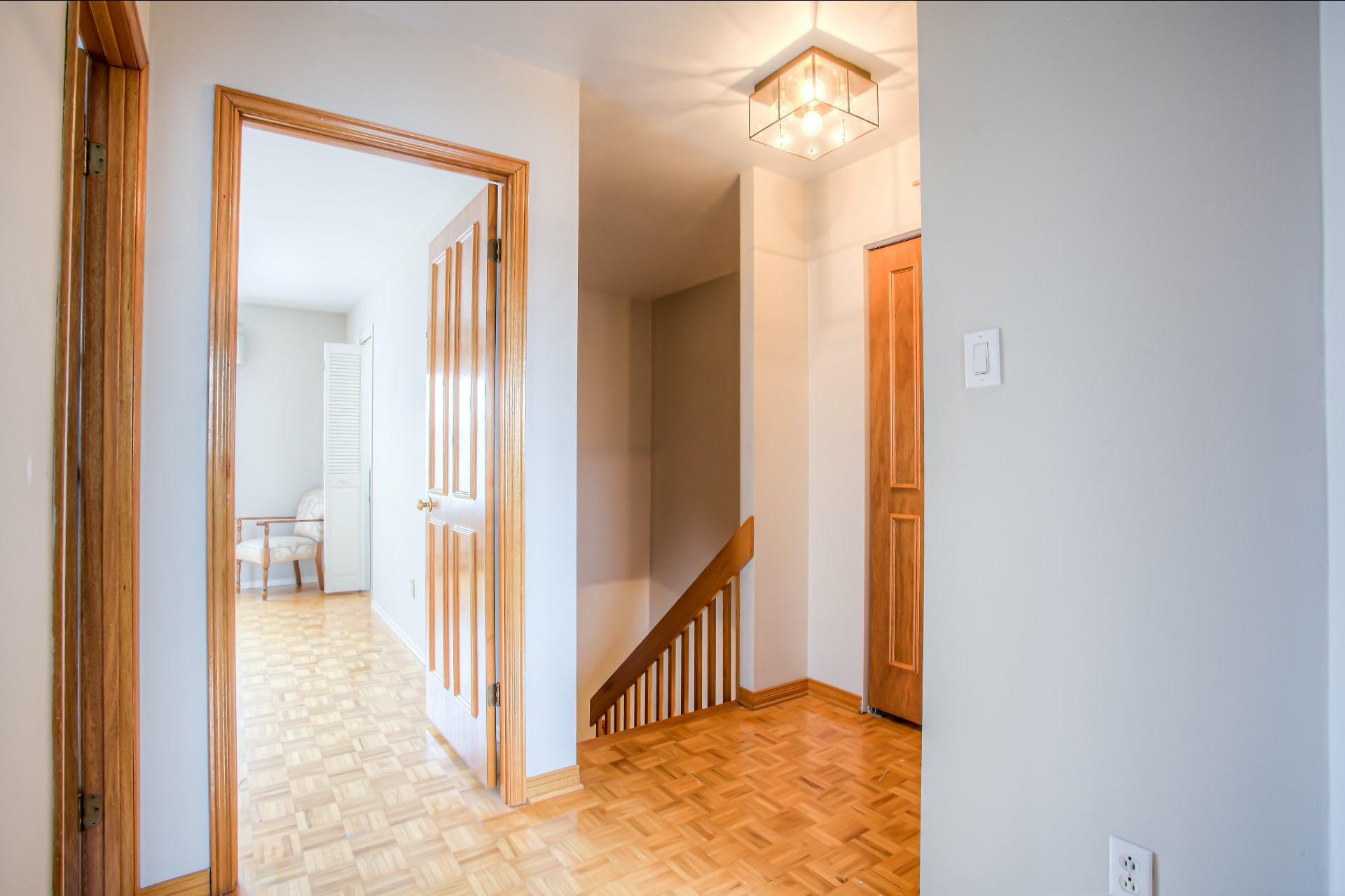 image 14 - House For sale LaSalle Montréal  - 10 rooms