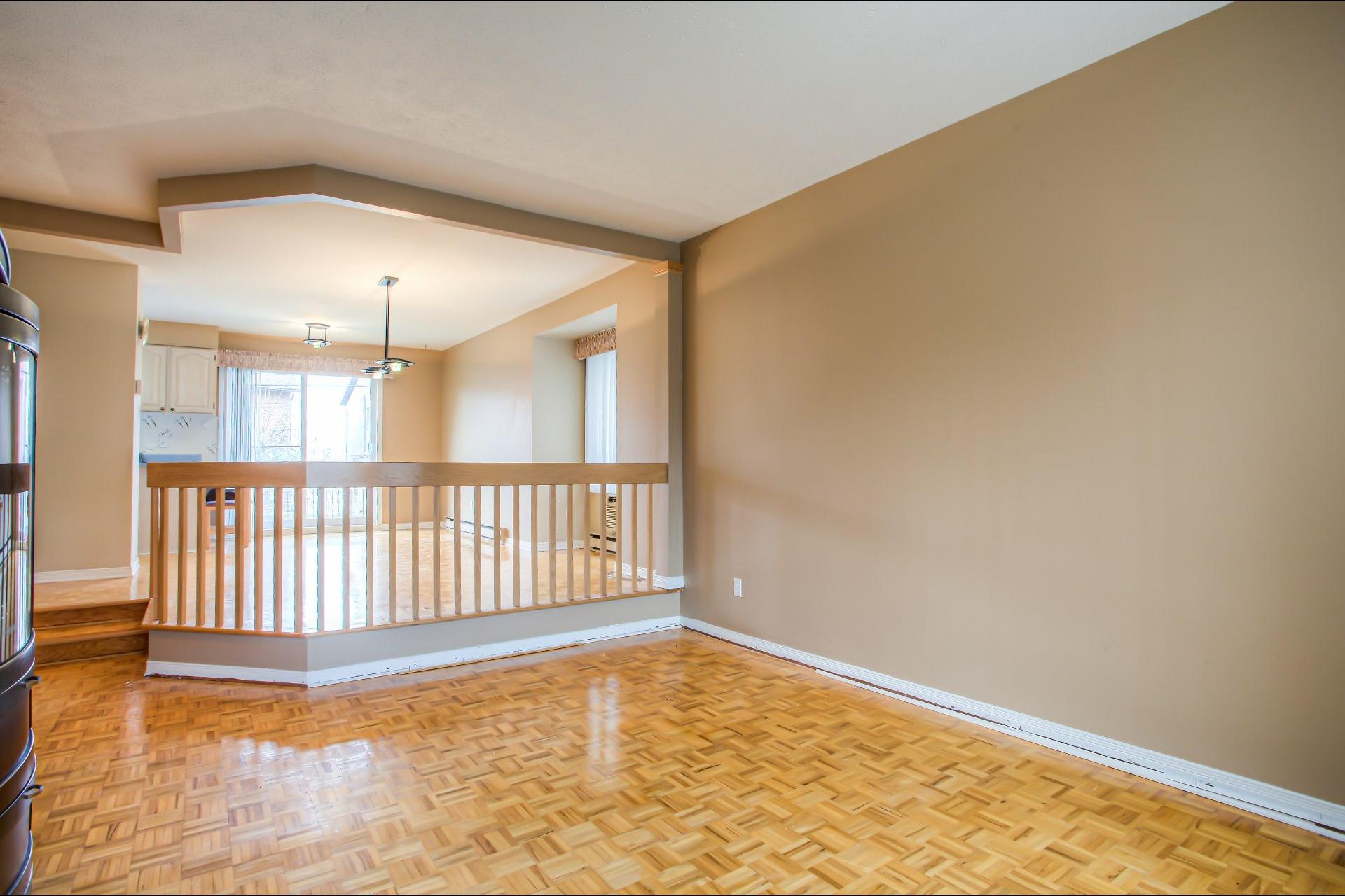 image 6 - House For sale LaSalle Montréal  - 10 rooms