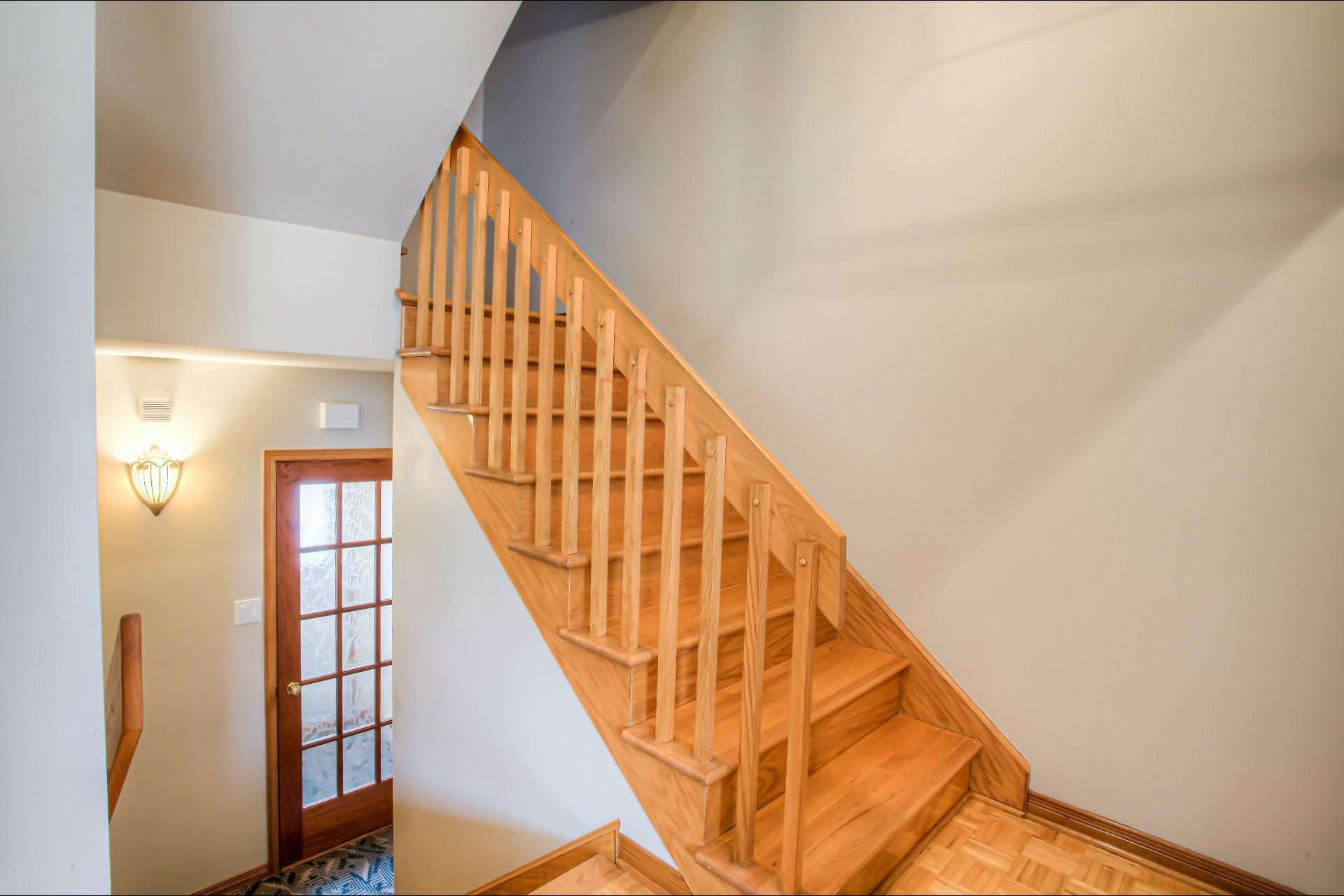 image 1 - House For sale LaSalle Montréal  - 10 rooms