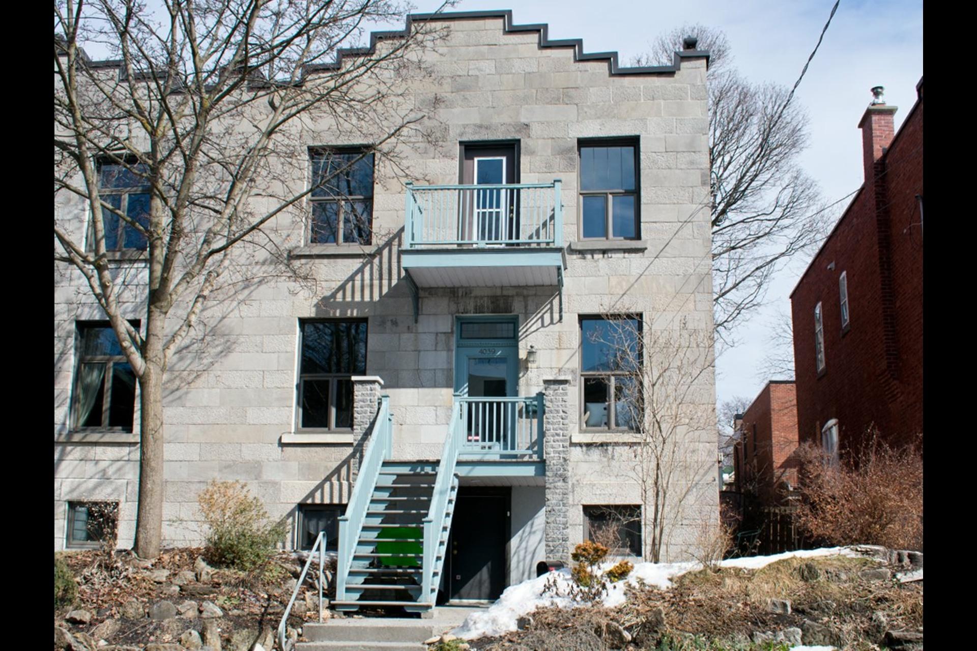 image 0 - Maison À vendre Côte-des-Neiges/Notre-Dame-de-Grâce Montréal  - 14 pièces