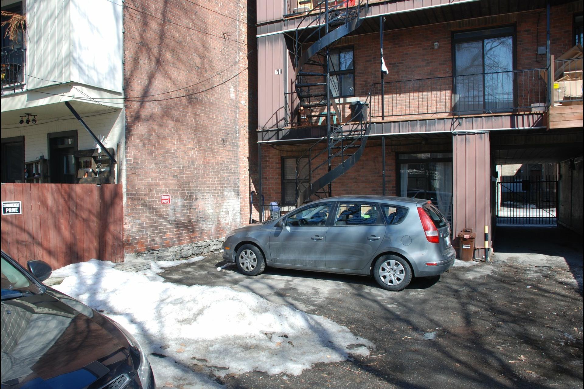 image 4 - Triplex À vendre Ville-Marie Montréal  - 3 pièces