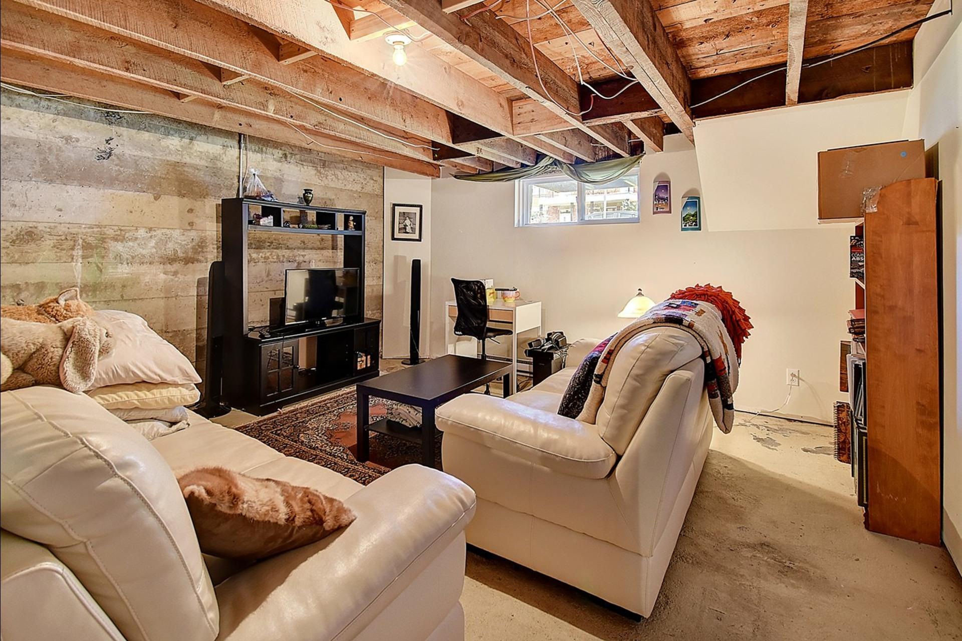 image 16 - Quadruplex For sale Verdun/Île-des-Soeurs Montréal  - 6 rooms
