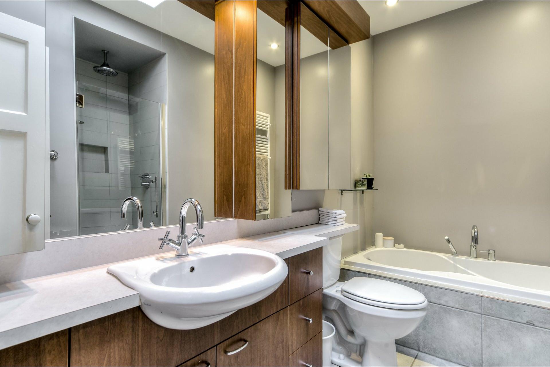 image 18 - House For sale Outremont Montréal  - 10 rooms