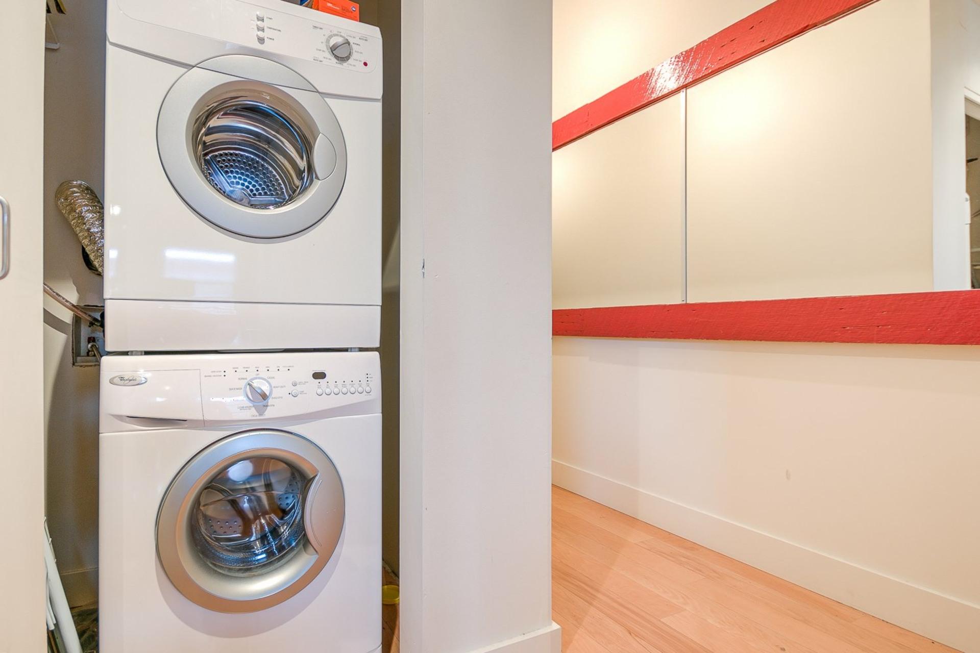 image 17 - Appartement À louer Le Plateau-Mont-Royal Montréal  - 6 pièces