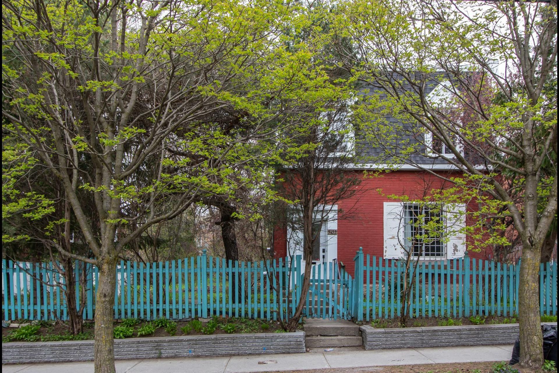 image 1 - House For rent Côte-des-Neiges/Notre-Dame-de-Grâce Montréal  - 8 rooms