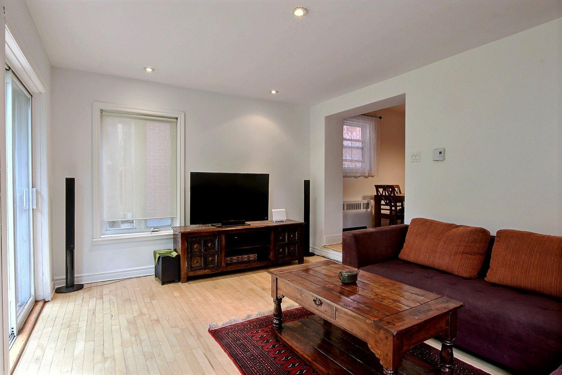 image 3 - Appartement À louer Côte-des-Neiges/Notre-Dame-de-Grâce Montréal  - 5 pièces