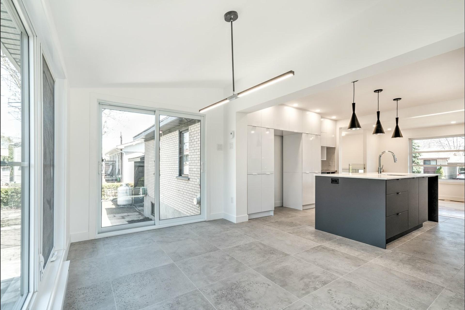 image 6 - Maison À vendre Le Vieux-Longueuil Longueuil  - 11 pièces