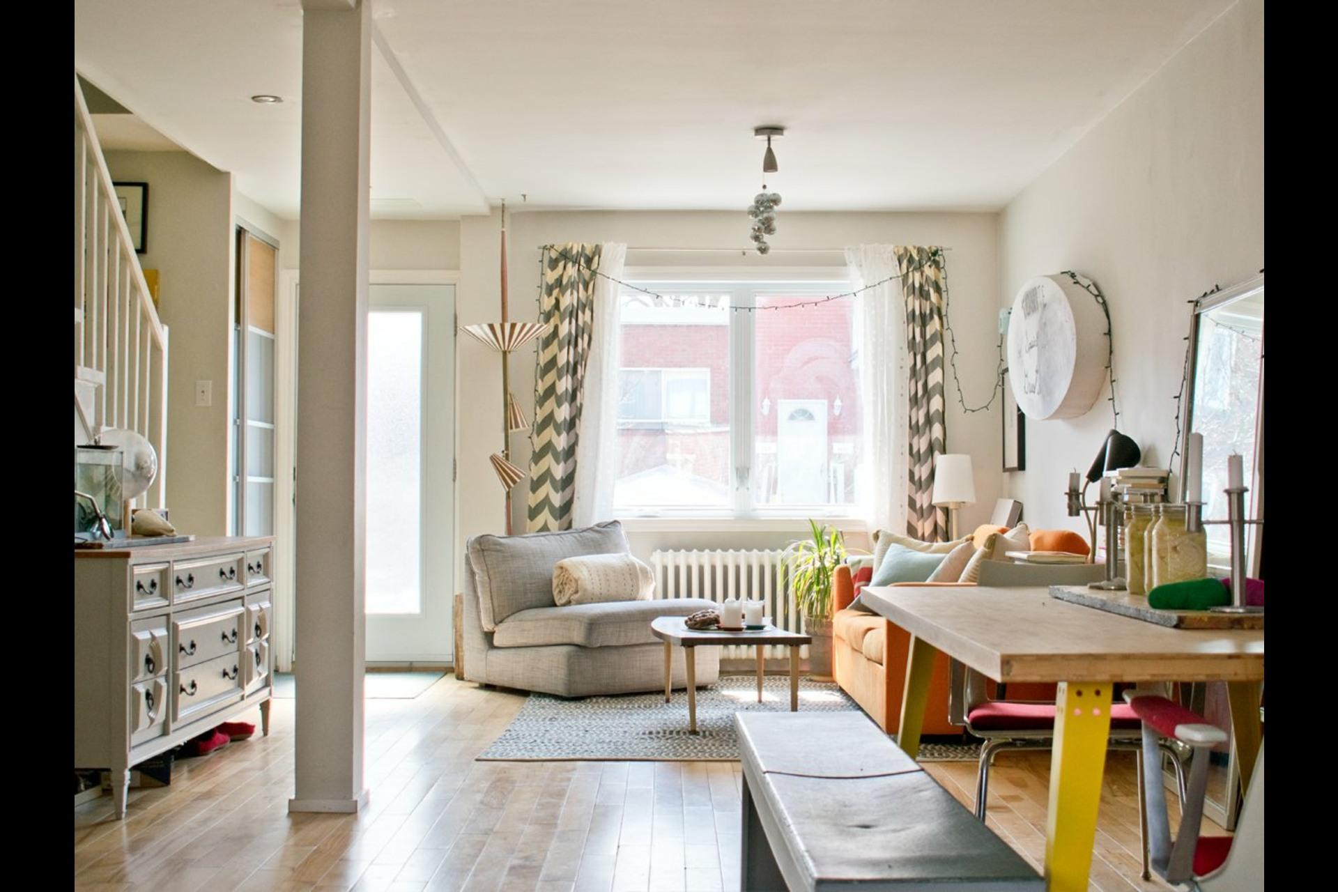 image 10 - House For sale Villeray/Saint-Michel/Parc-Extension Montréal  - 9 rooms