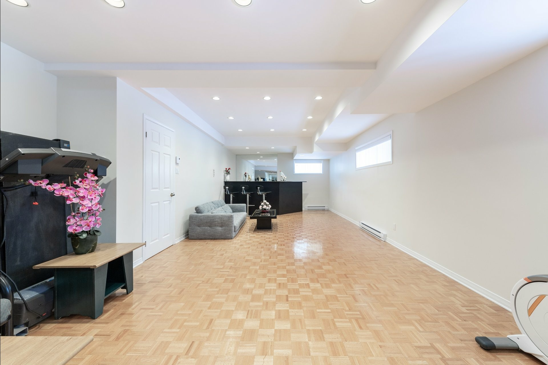 image 24 - House For sale Beaconsfield - 15 rooms