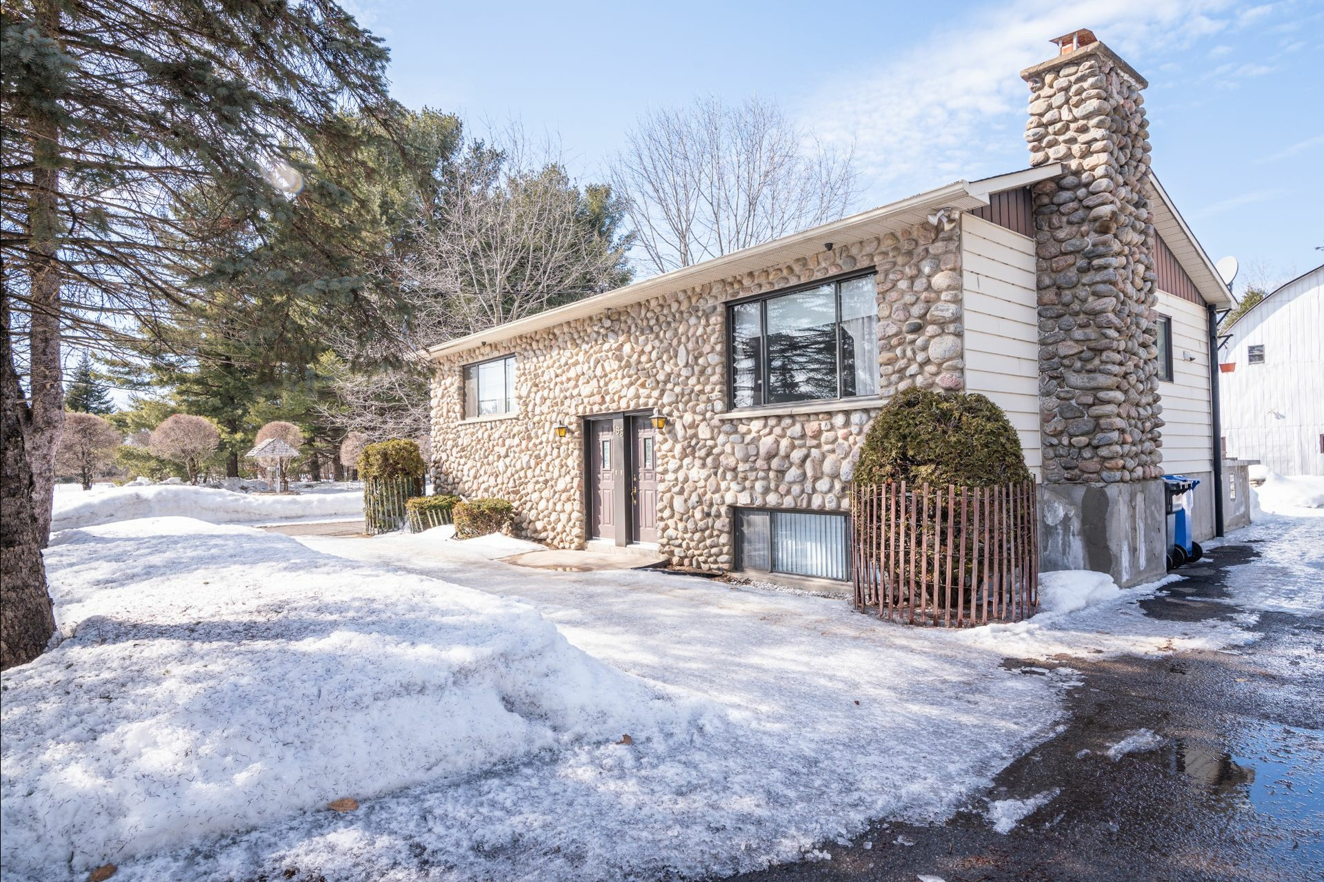 image 10 - House For sale Sainte-Anne-des-Plaines - 7 rooms