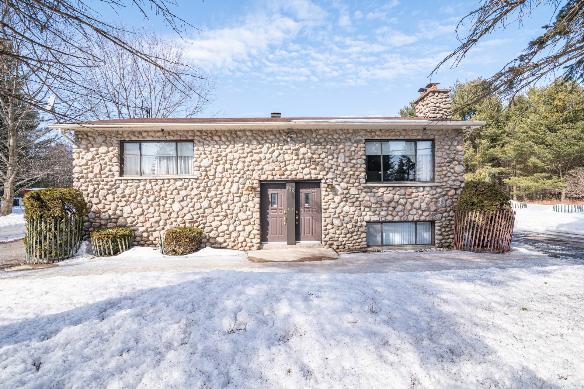 image 11 - House For sale Sainte-Anne-des-Plaines - 7 rooms