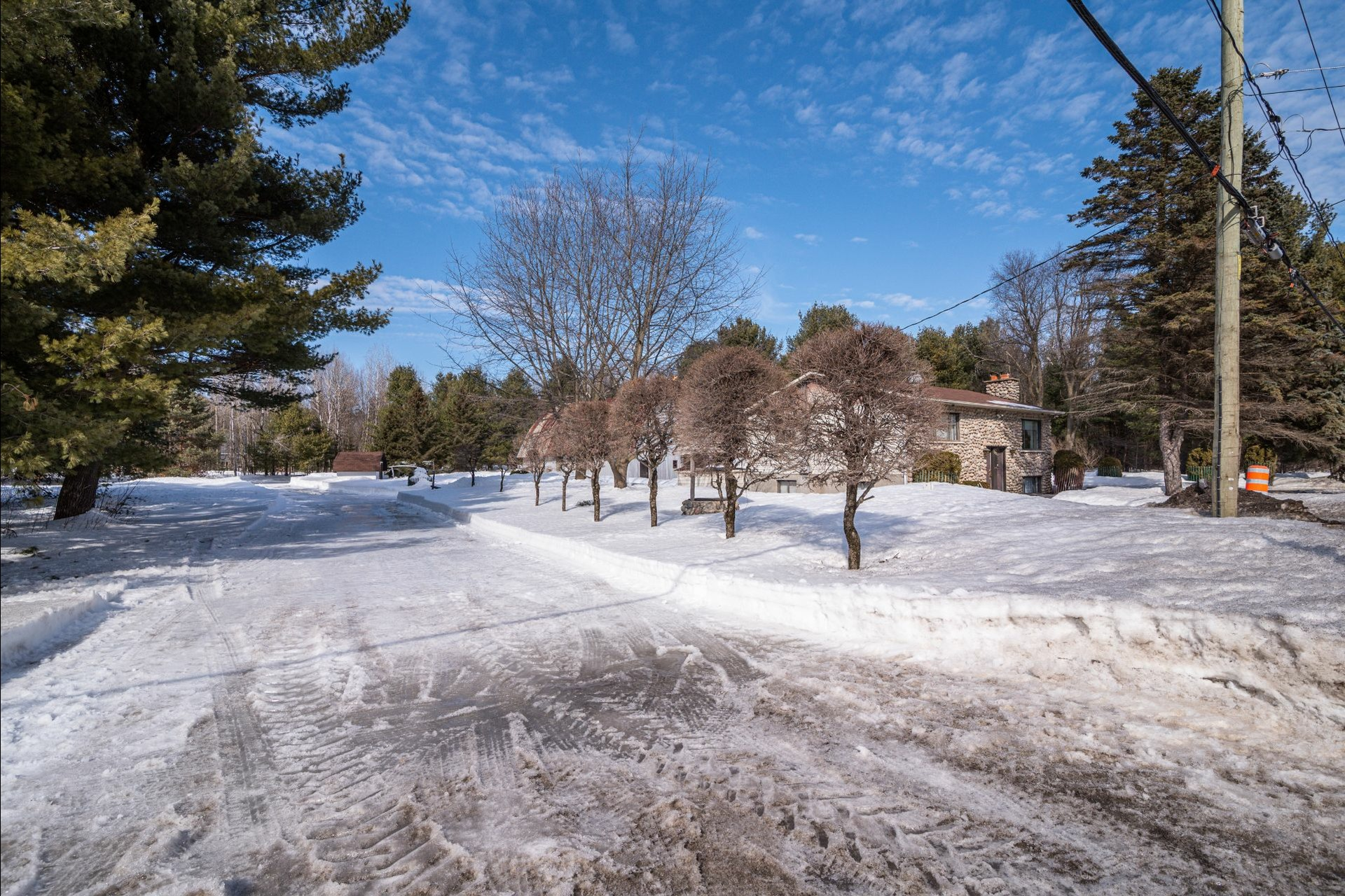 image 13 - House For sale Sainte-Anne-des-Plaines - 7 rooms