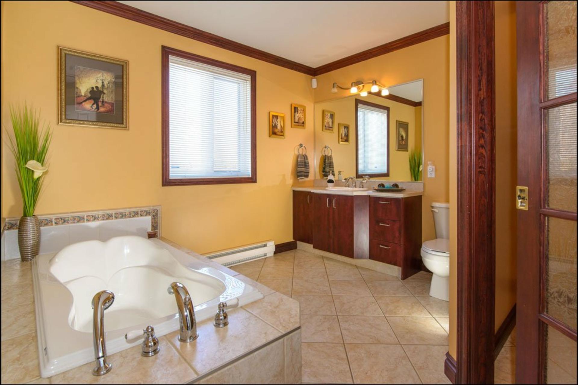 image 10 - House For sale Fossambault-sur-le-Lac - 9 rooms
