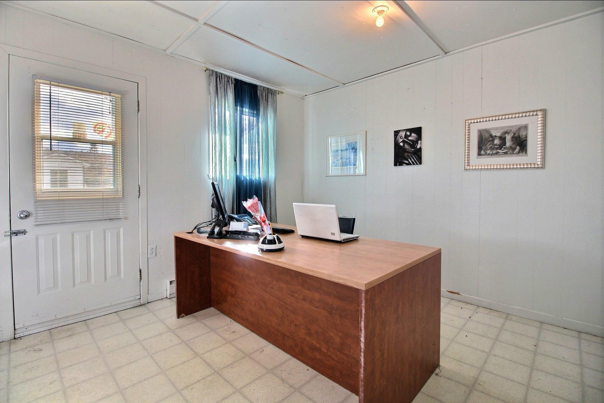 image 24 - Bureau À vendre Saint-Jean-de-Matha