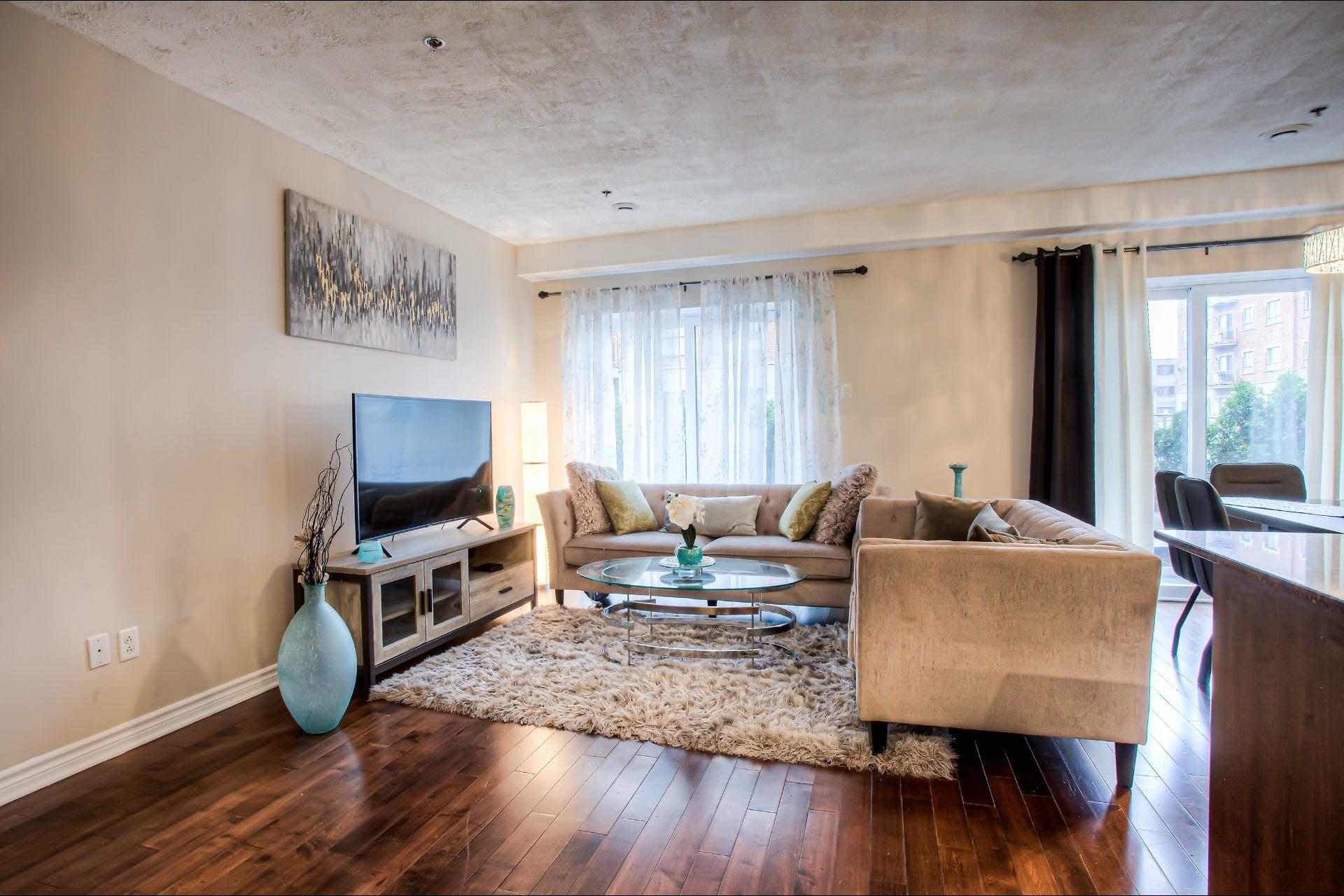 image 10 - Appartement À vendre Saint-Laurent Montréal  - 9 pièces