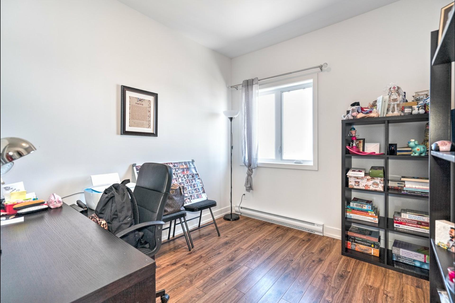 image 24 - Appartement À vendre Châteauguay - 7 pièces