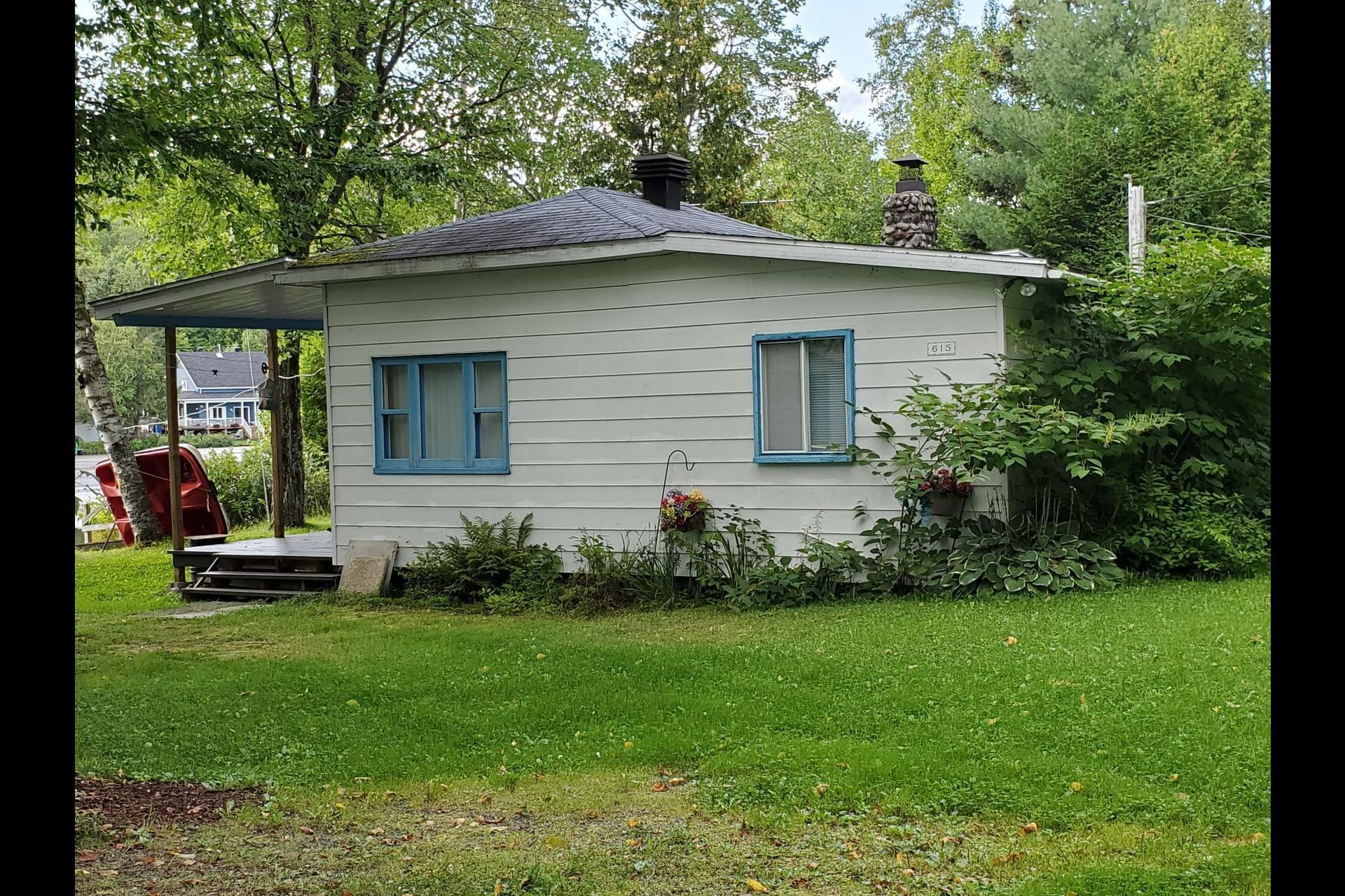 image 32 - Maison À vendre Saint-Tite - 4 pièces