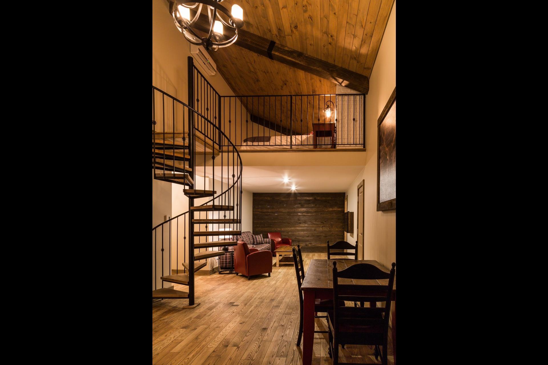 image 9 - Office For sale Saint-Donat