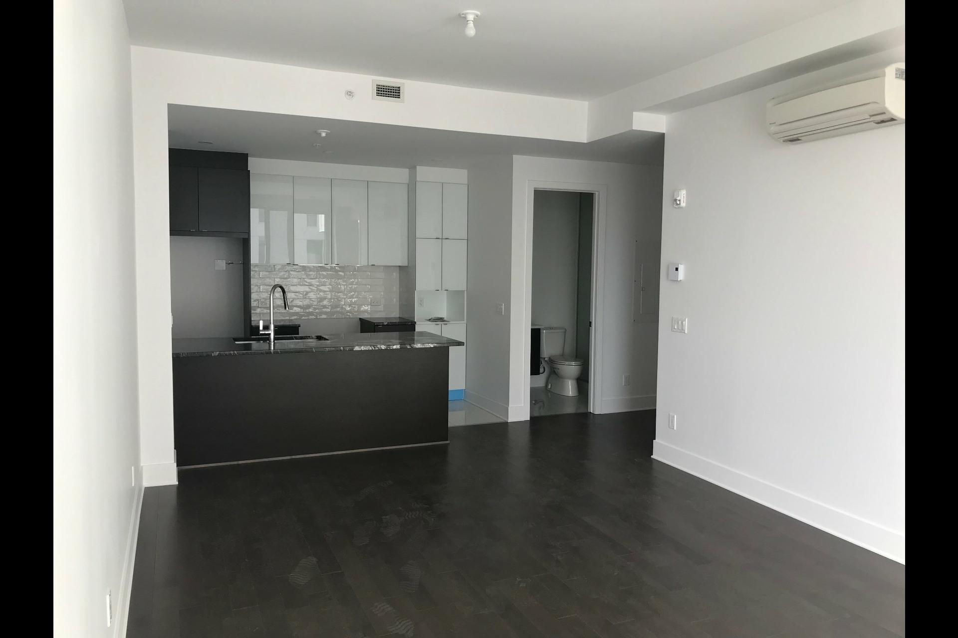 image 2 - 公寓 出租 Côte-des-Neiges/Notre-Dame-de-Grâce Montréal  - 4 室