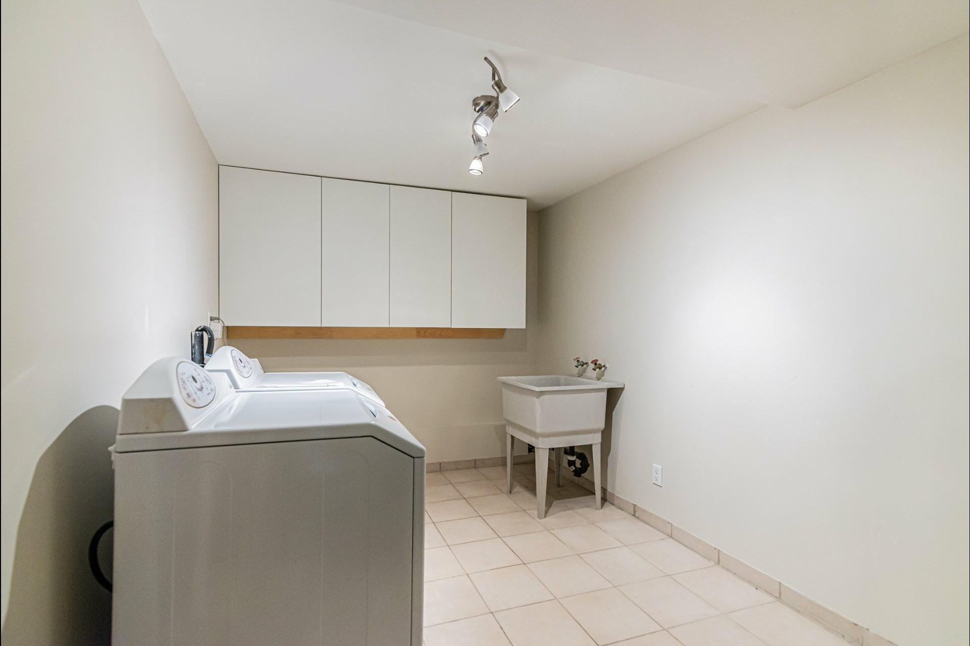 image 33 - Maison À louer Westmount - 8 pièces