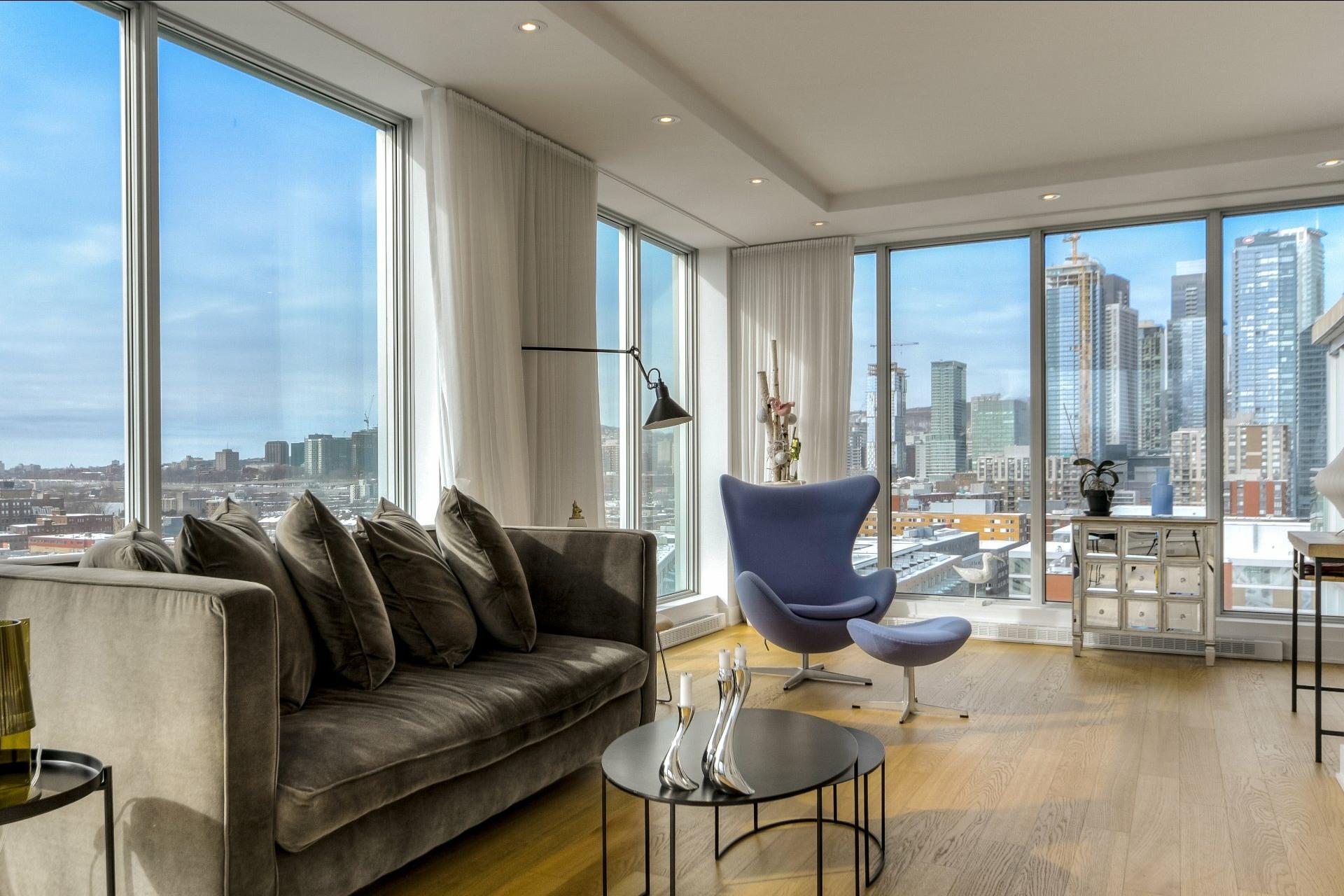 image 0 - Apartment For rent Le Sud-Ouest Montréal  - 9 rooms