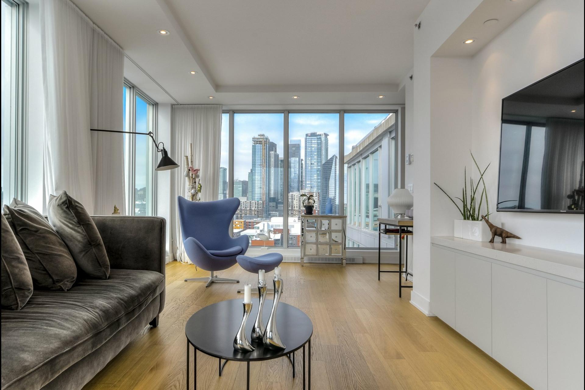 image 1 - Apartment For rent Le Sud-Ouest Montréal  - 9 rooms