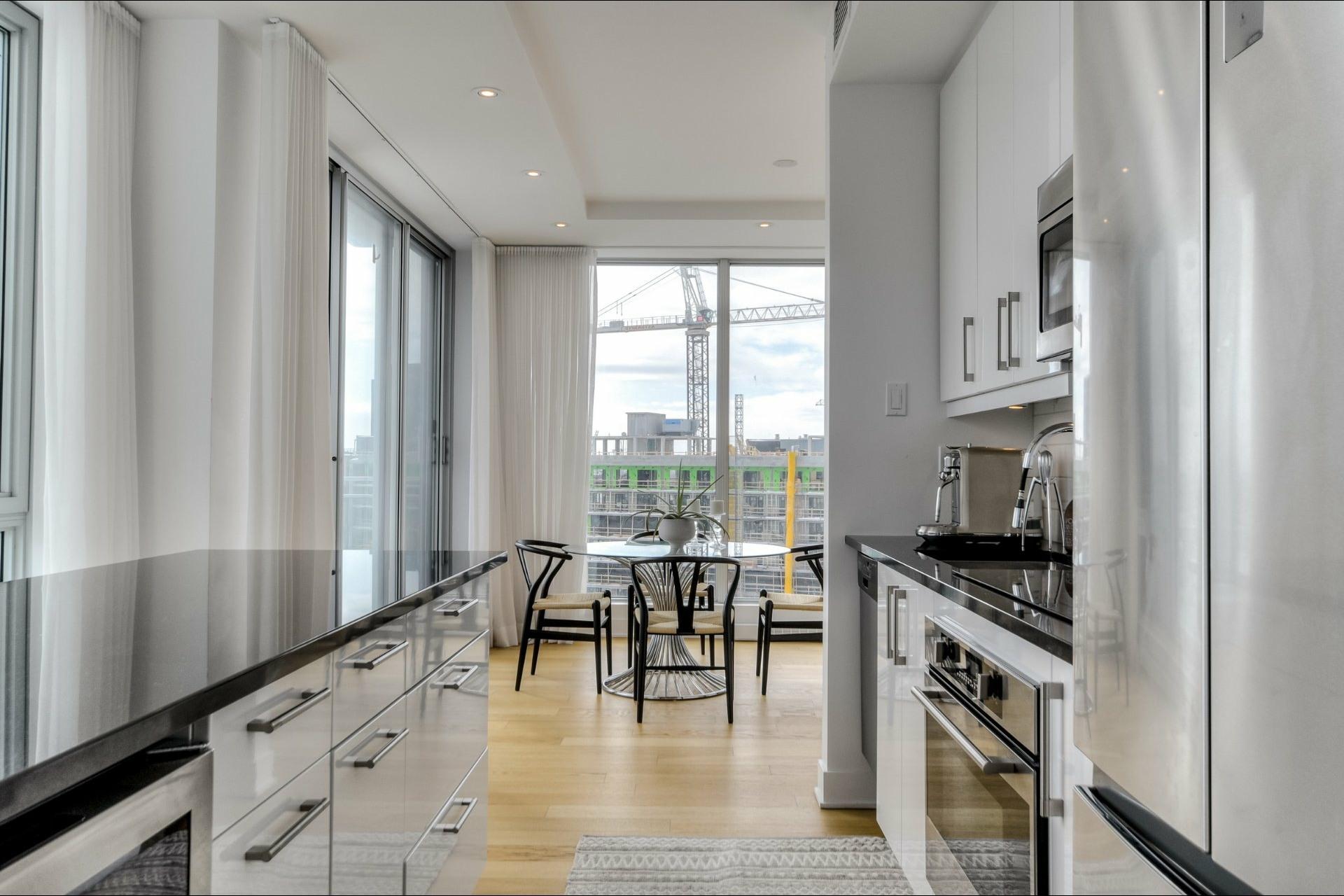 image 15 - Apartment For rent Le Sud-Ouest Montréal  - 9 rooms