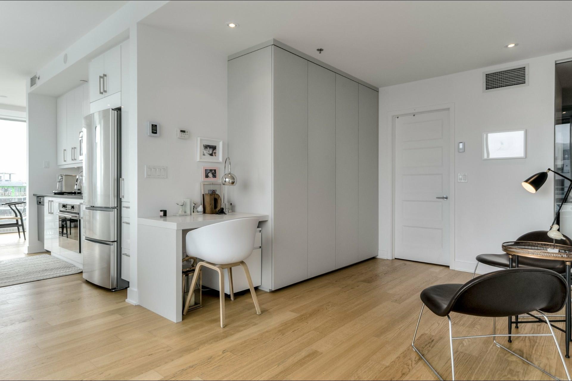 image 16 - Apartment For rent Le Sud-Ouest Montréal  - 9 rooms