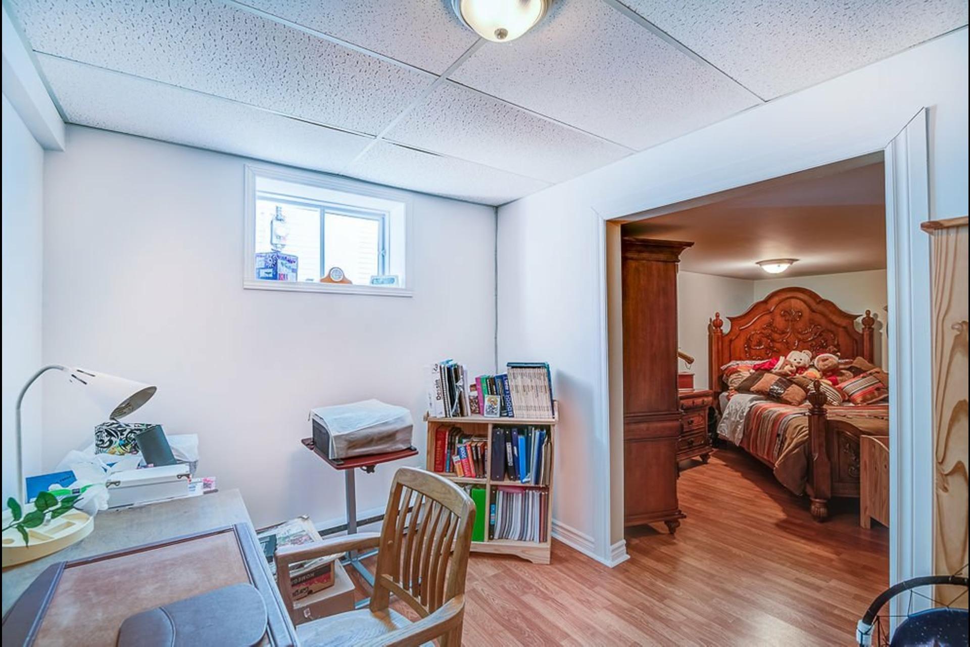 image 23 - Maison À vendre Sainte-Anne-des-Plaines - 14 pièces