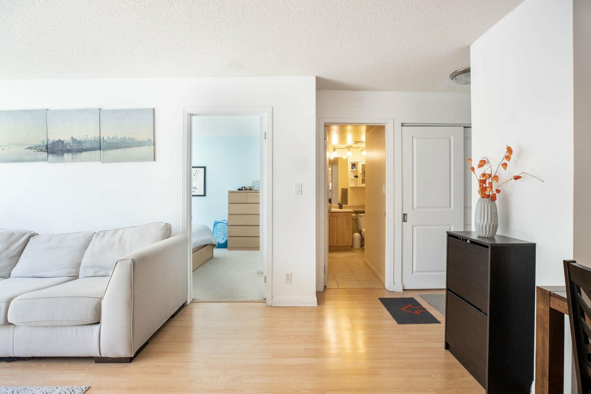 image 9 - Appartement À vendre Ville-Marie Montréal  - 4 pièces
