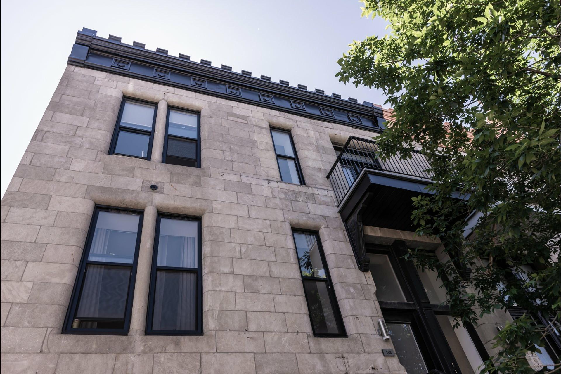 image 0 - Apartment For rent Le Plateau-Mont-Royal Montréal  - 7 rooms