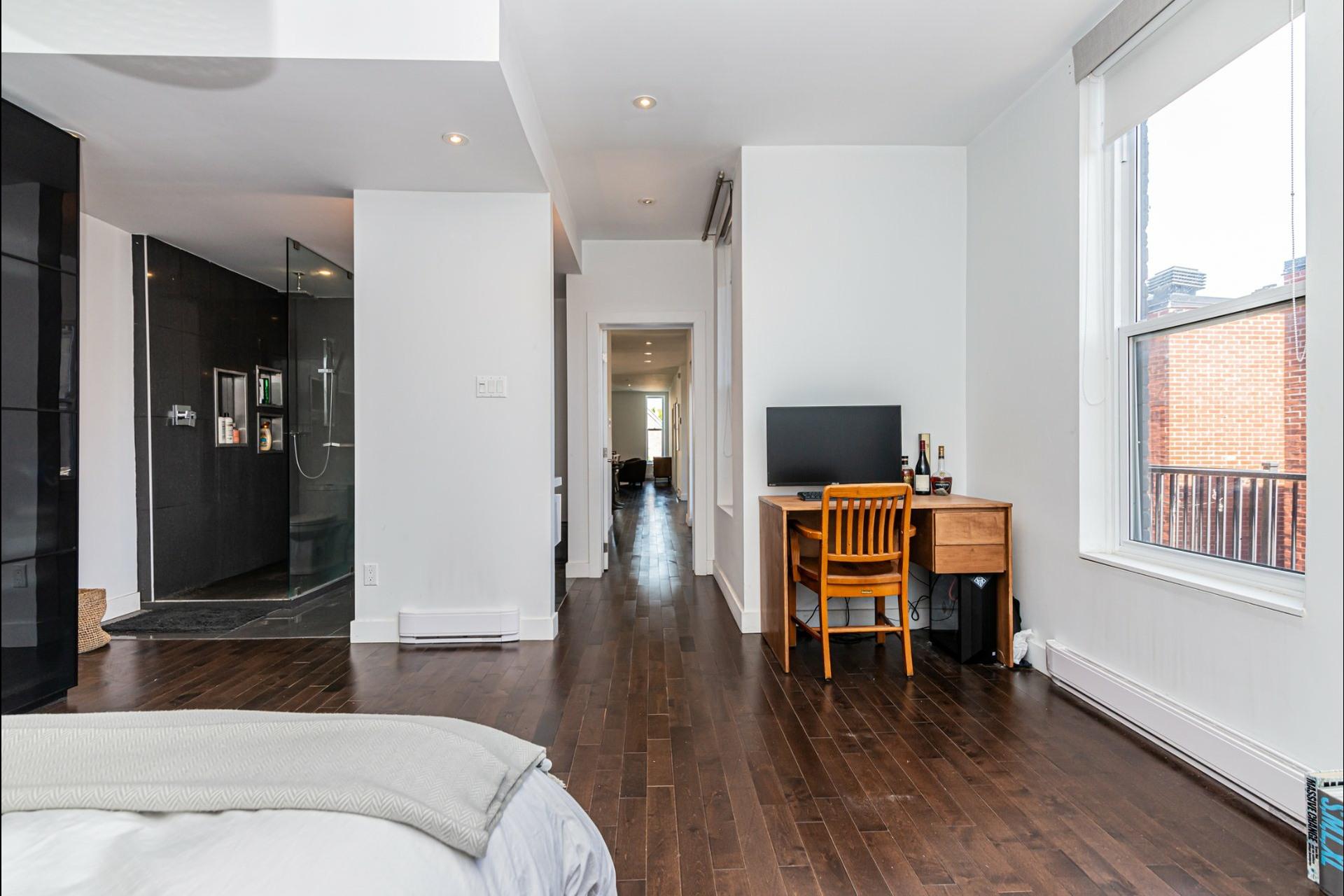 image 16 - Apartment For rent Le Plateau-Mont-Royal Montréal  - 7 rooms