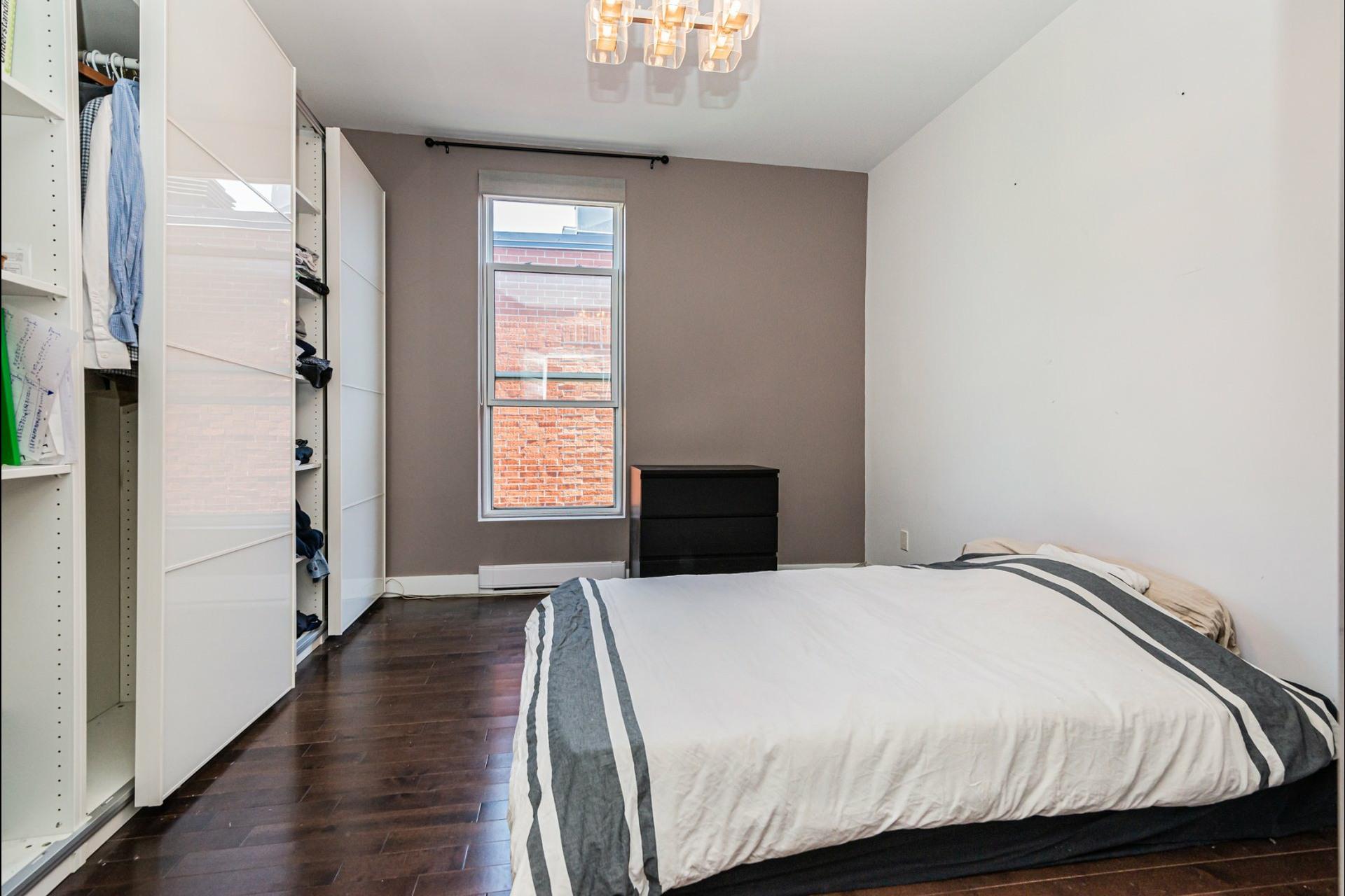 image 19 - Apartment For rent Le Plateau-Mont-Royal Montréal  - 7 rooms