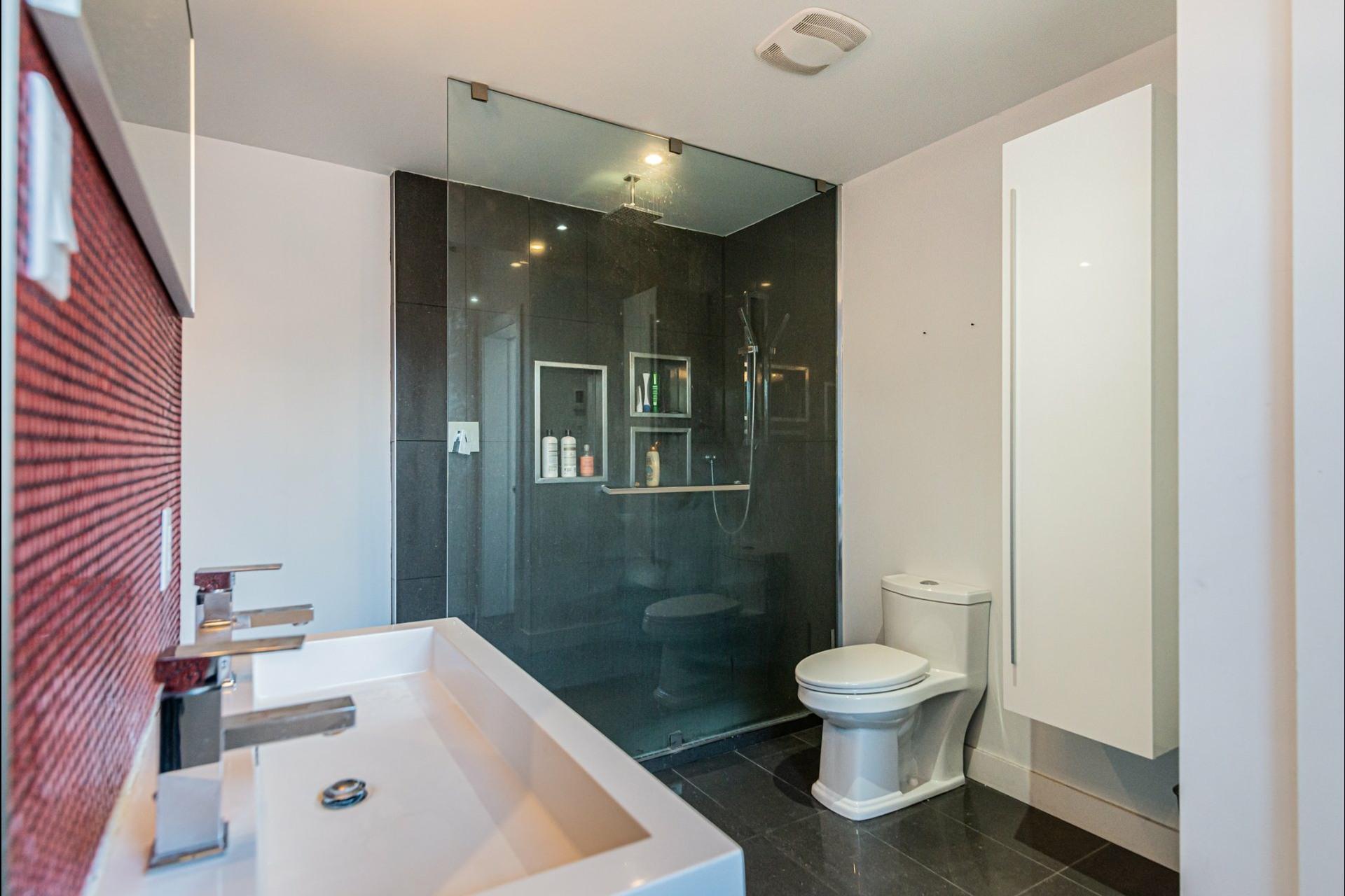 image 17 - Apartment For rent Le Plateau-Mont-Royal Montréal  - 7 rooms