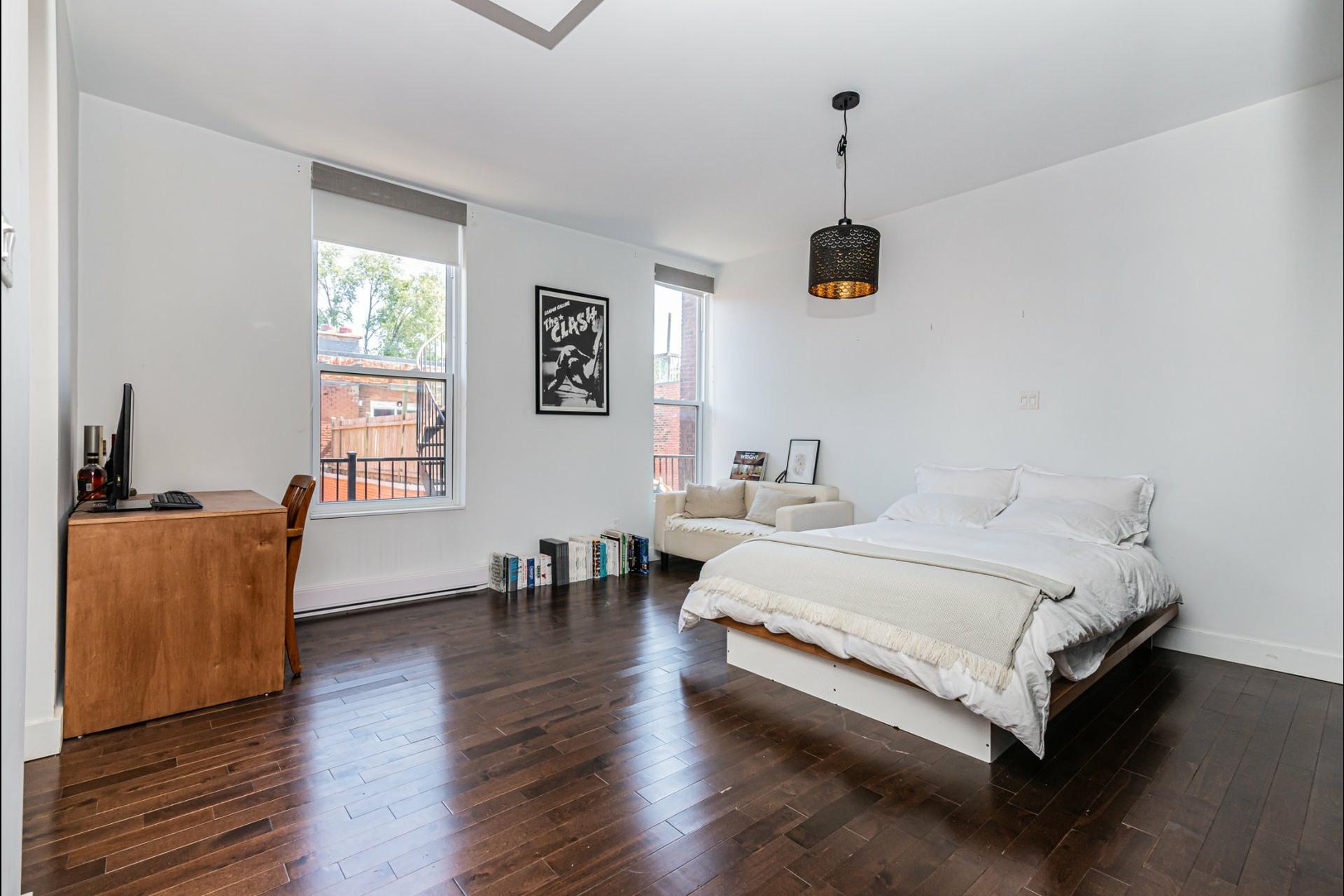 image 14 - Apartment For rent Le Plateau-Mont-Royal Montréal  - 7 rooms
