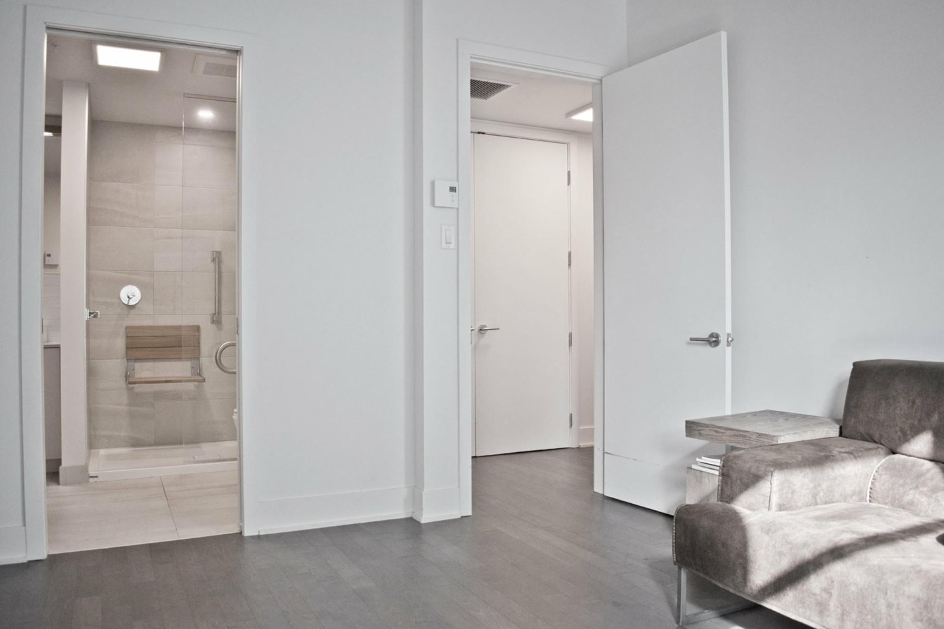 image 6 - Appartement À vendre Le Sud-Ouest Montréal  - 6 pièces