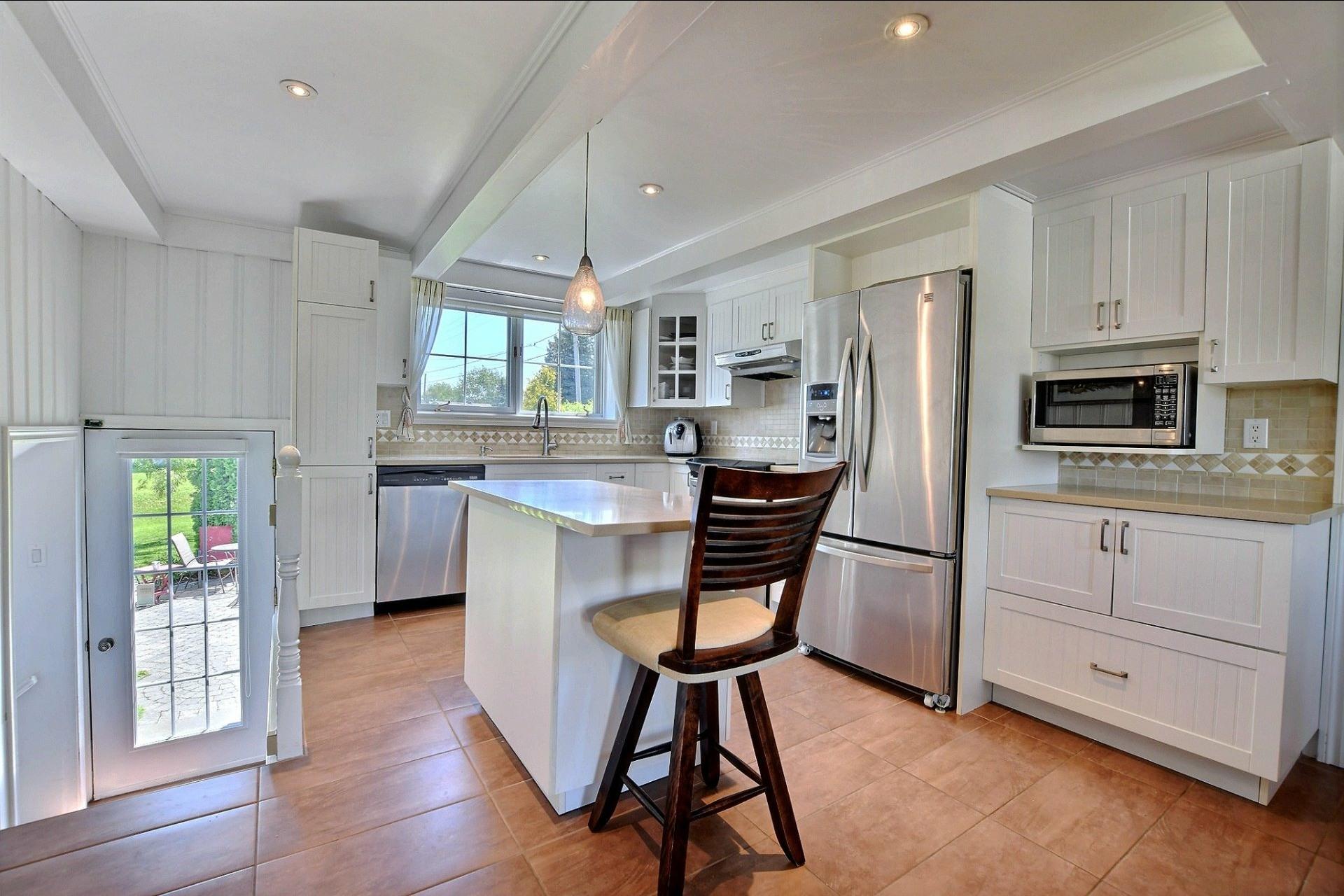 image 8 - Maison À vendre Sainte-Anne-des-Plaines - 10 pièces