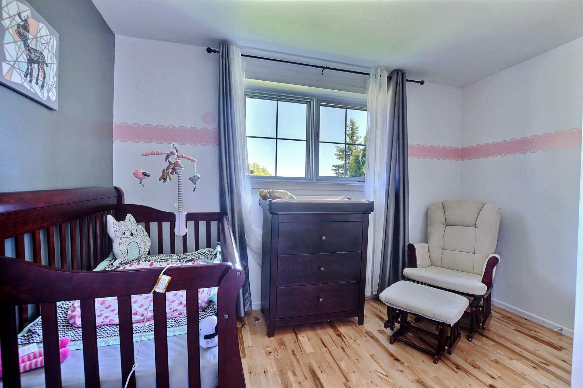 image 19 - Maison À vendre Sainte-Anne-des-Plaines - 10 pièces