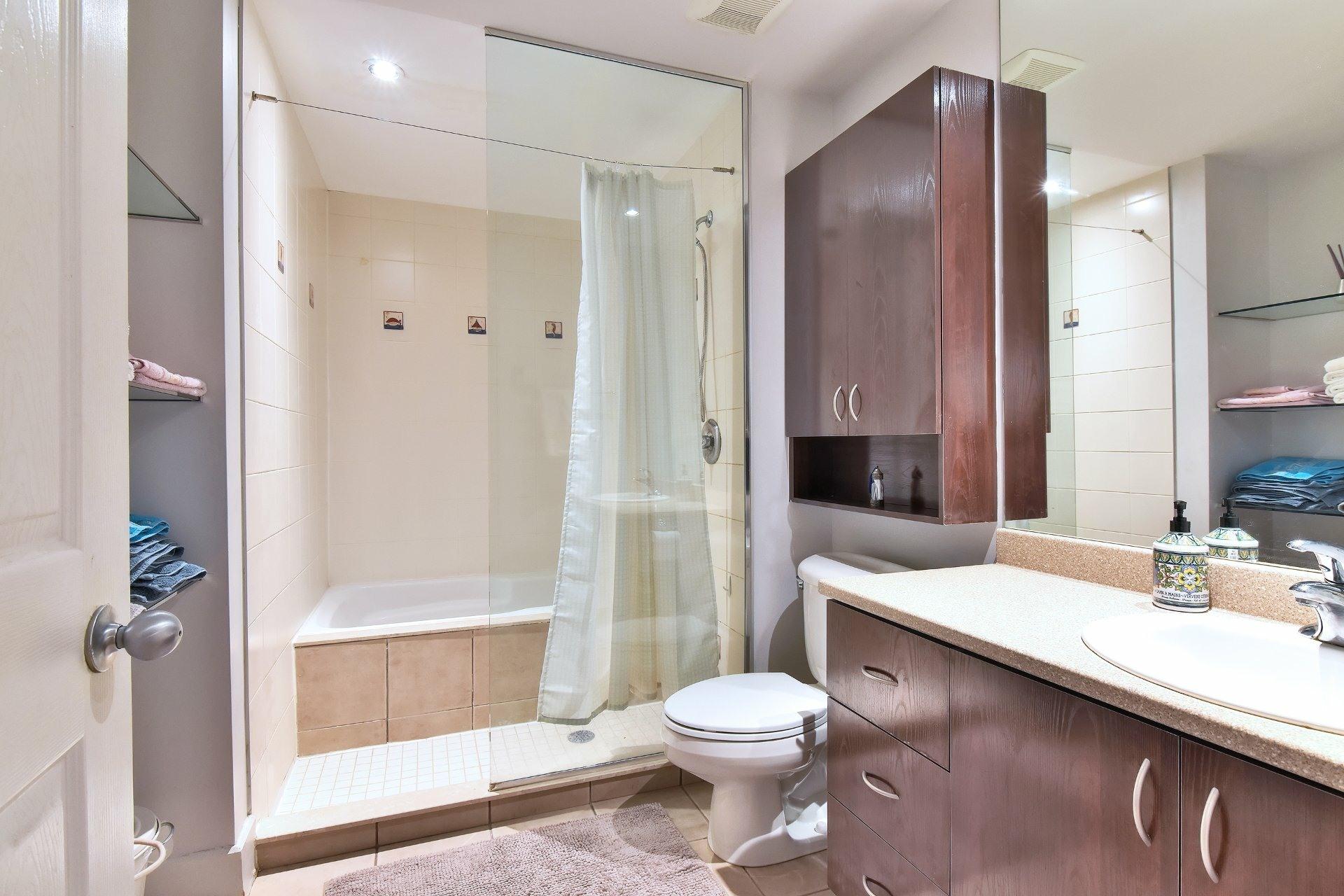 image 10 - Appartement À vendre Ville-Marie Montréal  - 9 pièces