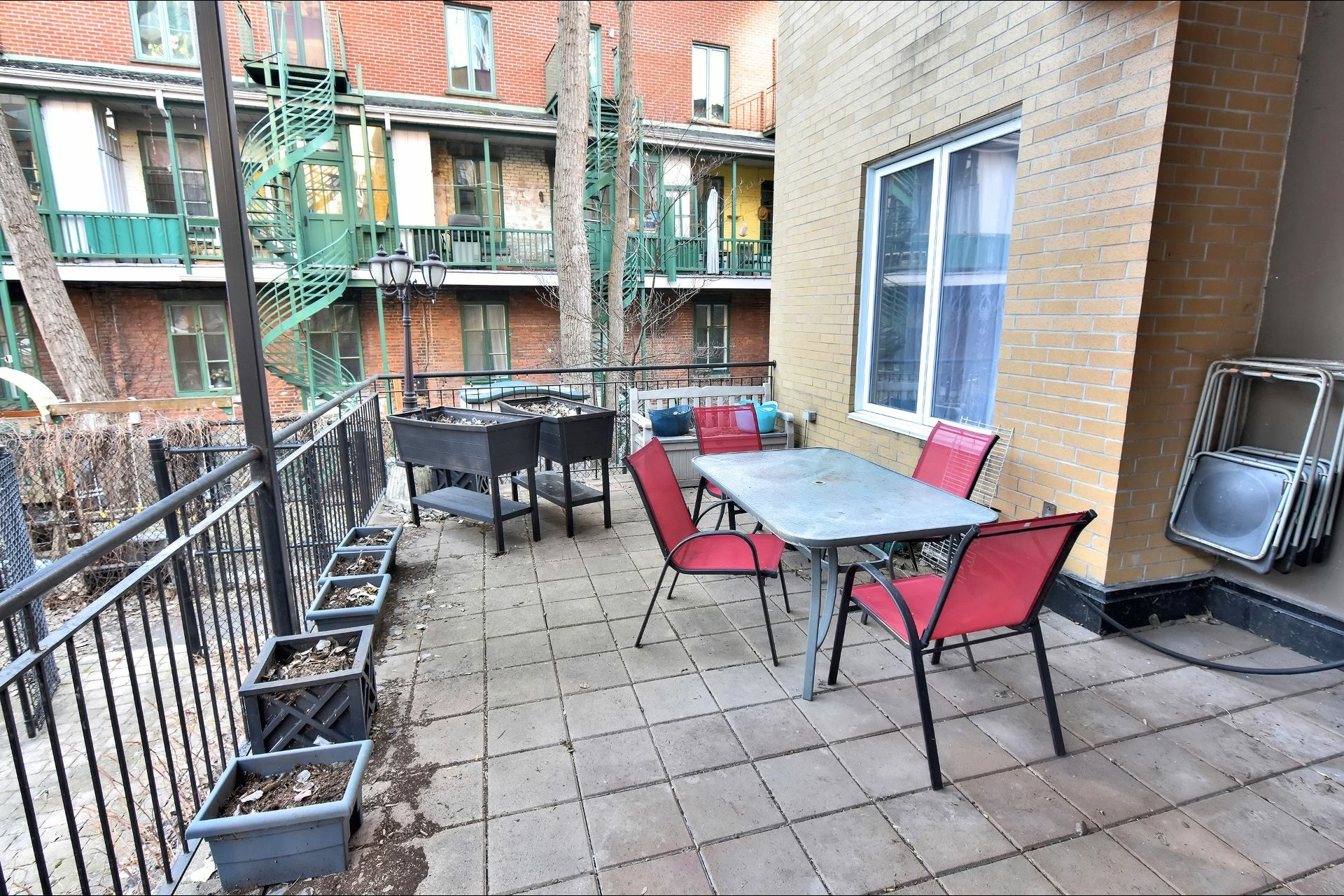 image 28 - Appartement À vendre Ville-Marie Montréal  - 9 pièces
