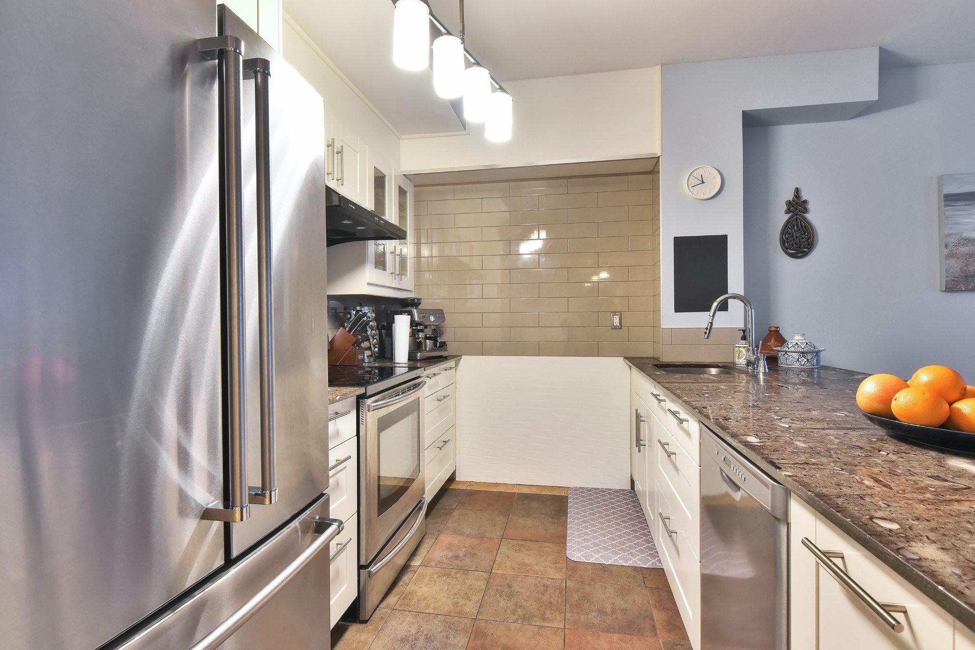 image 7 - Appartement À vendre Ville-Marie Montréal  - 9 pièces