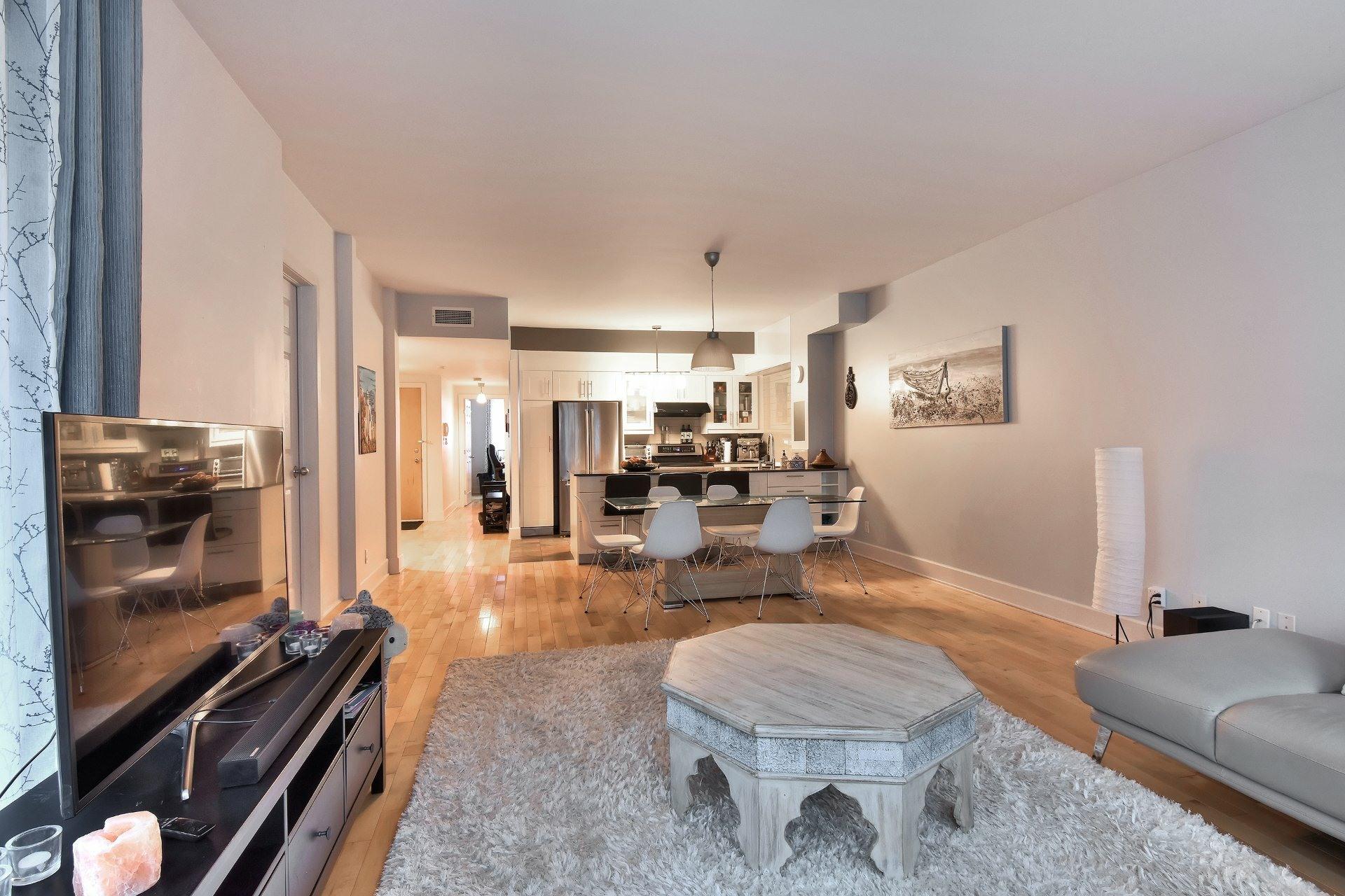 image 3 - Appartement À vendre Ville-Marie Montréal  - 9 pièces