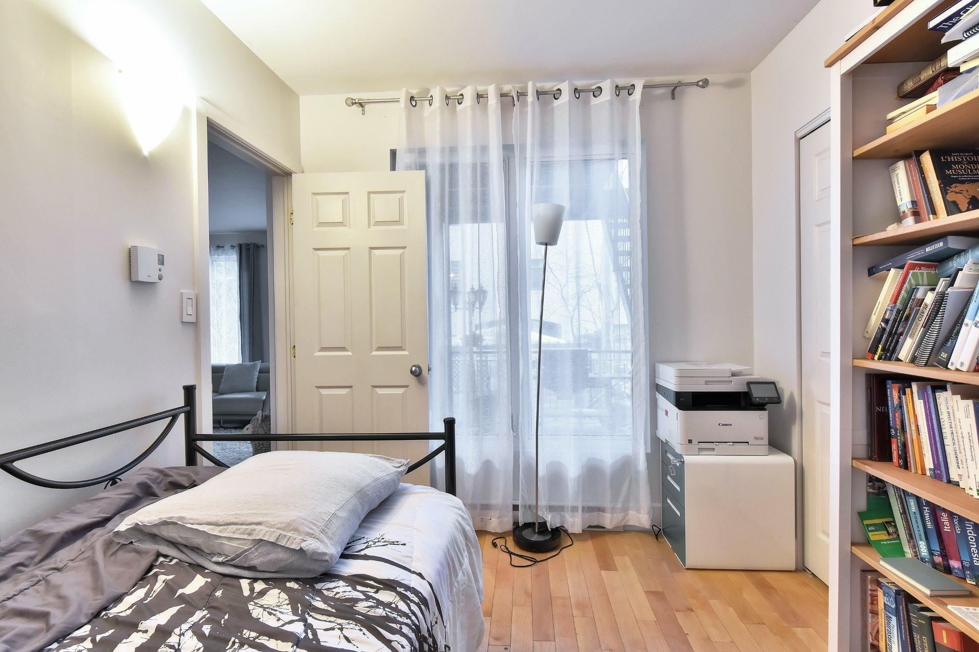 image 24 - Appartement À vendre Ville-Marie Montréal  - 9 pièces