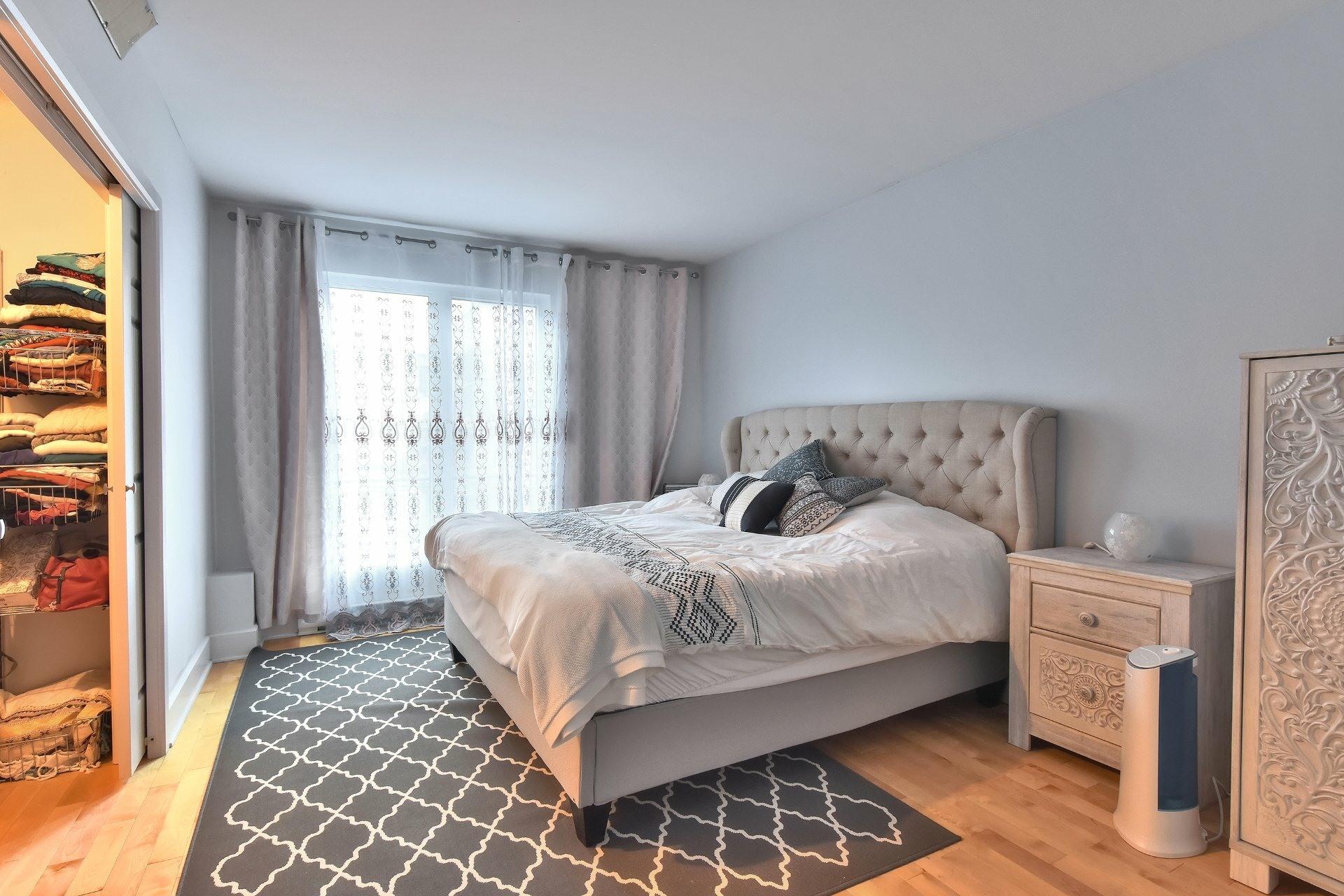 image 12 - Appartement À vendre Ville-Marie Montréal  - 9 pièces