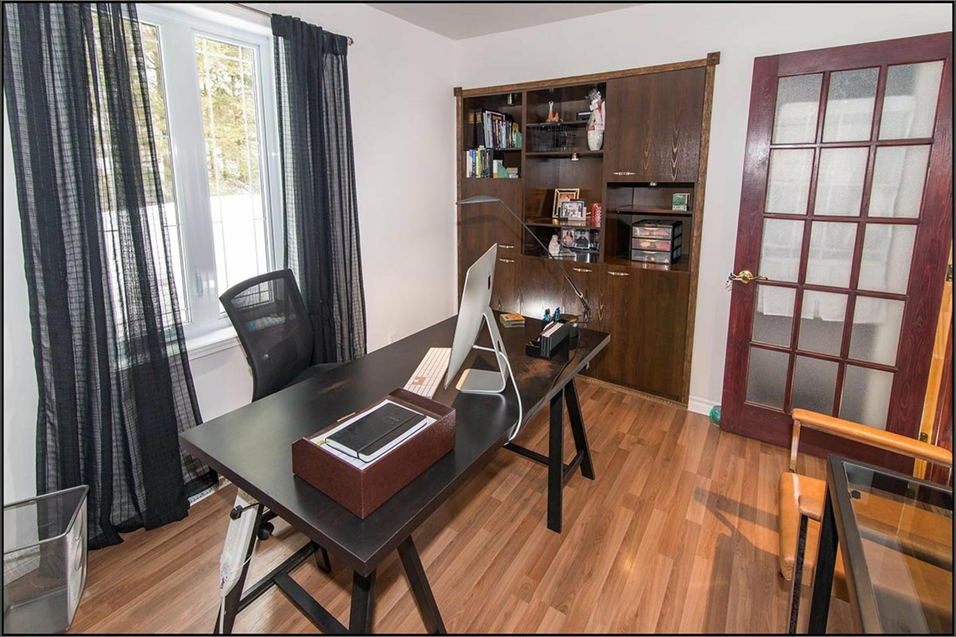 image 8 - Maison À vendre Sainte-Catherine-de-la-Jacques-Cartier - 11 pièces