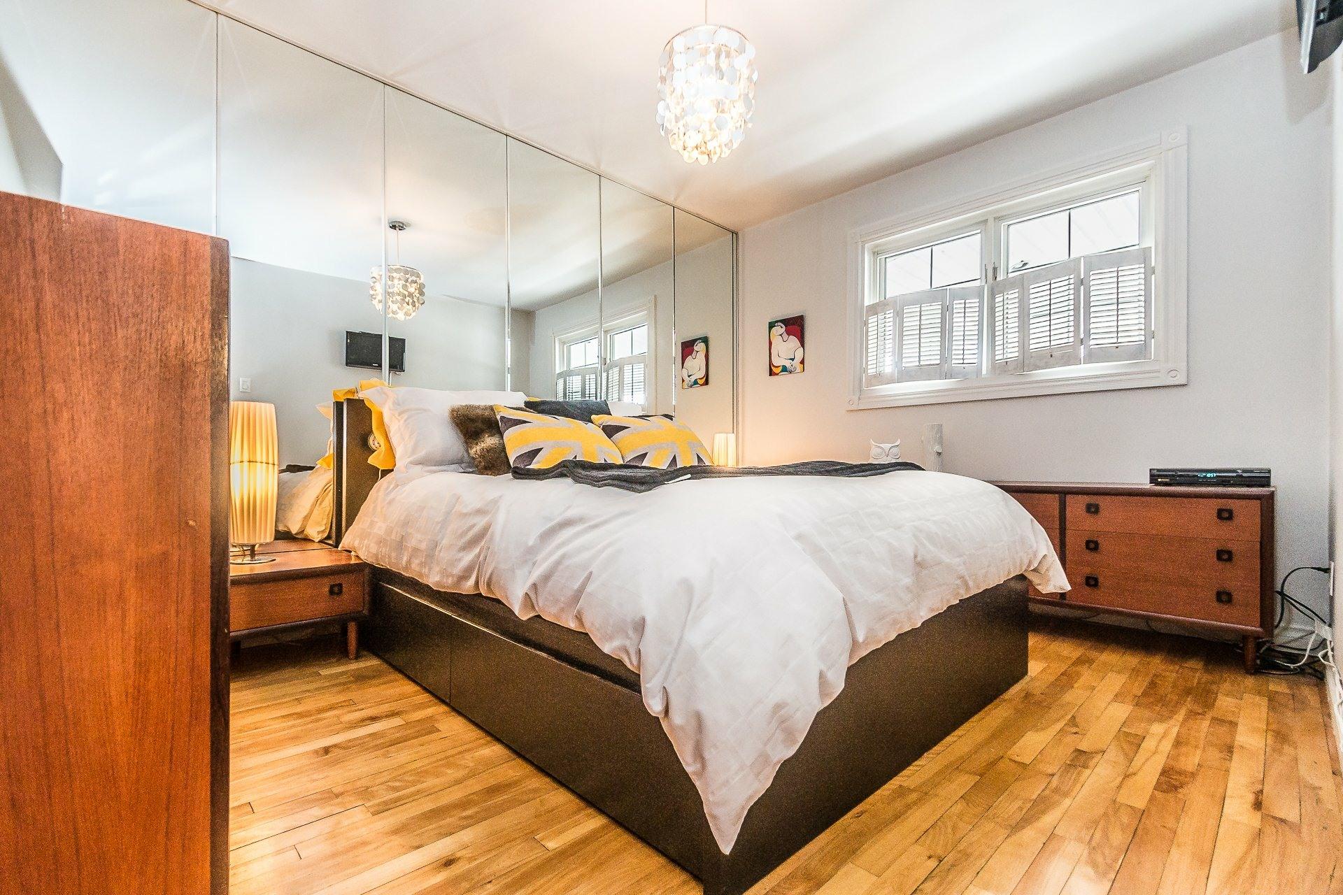 image 11 - House For sale LaSalle Montréal  - 8 rooms