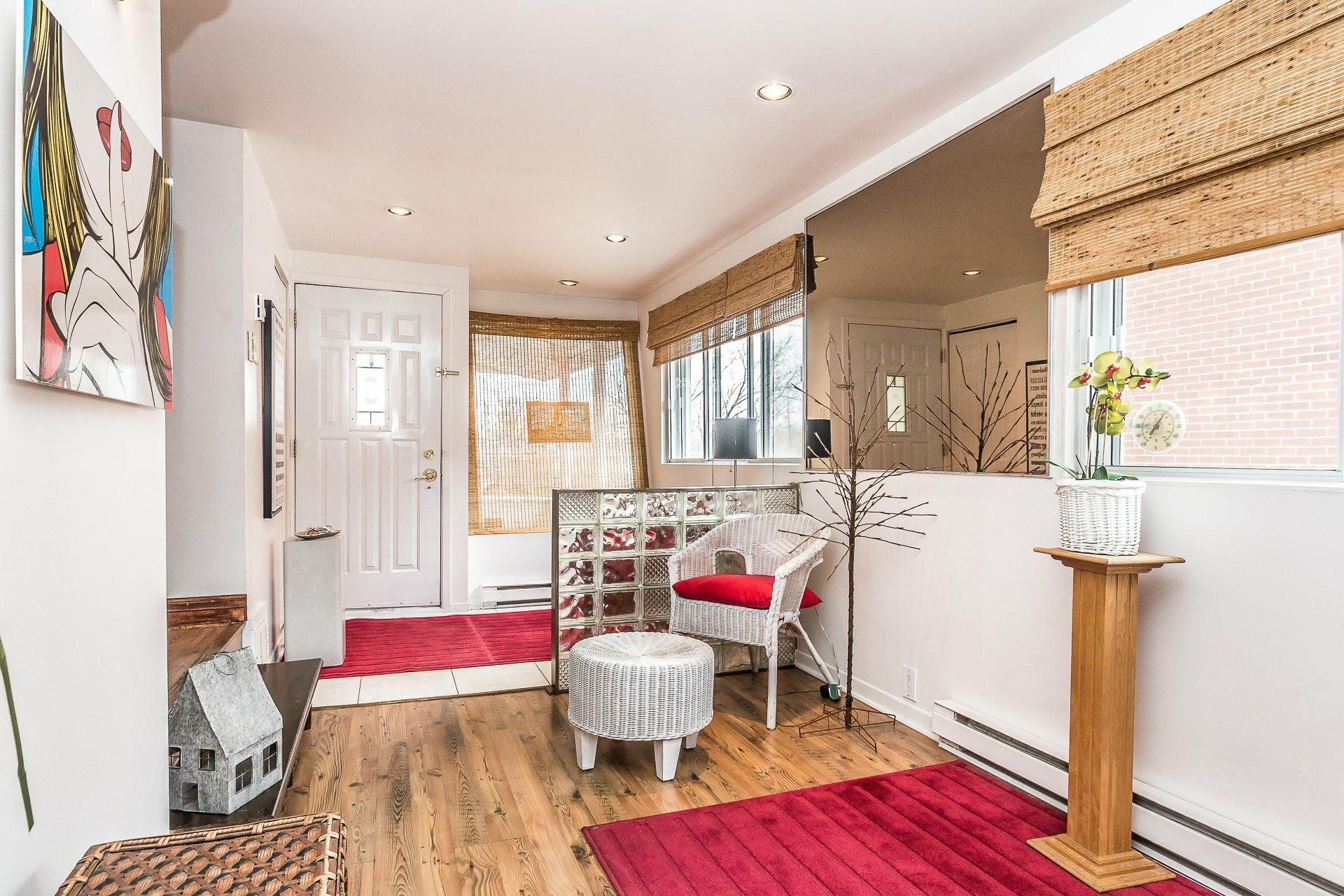 image 3 - House For sale LaSalle Montréal  - 8 rooms
